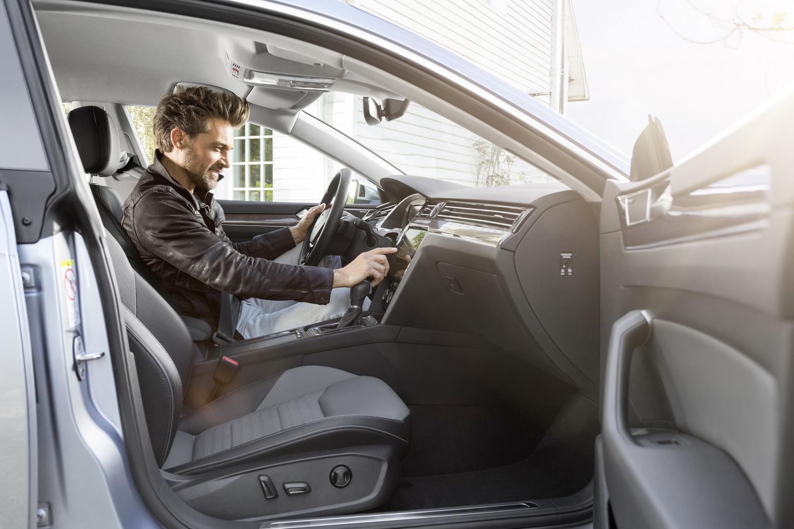 Volkswagen Arteon 2018 (63)
