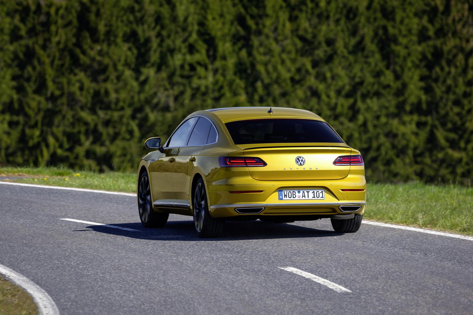 Volkswagen Arteon 2018 (8)
