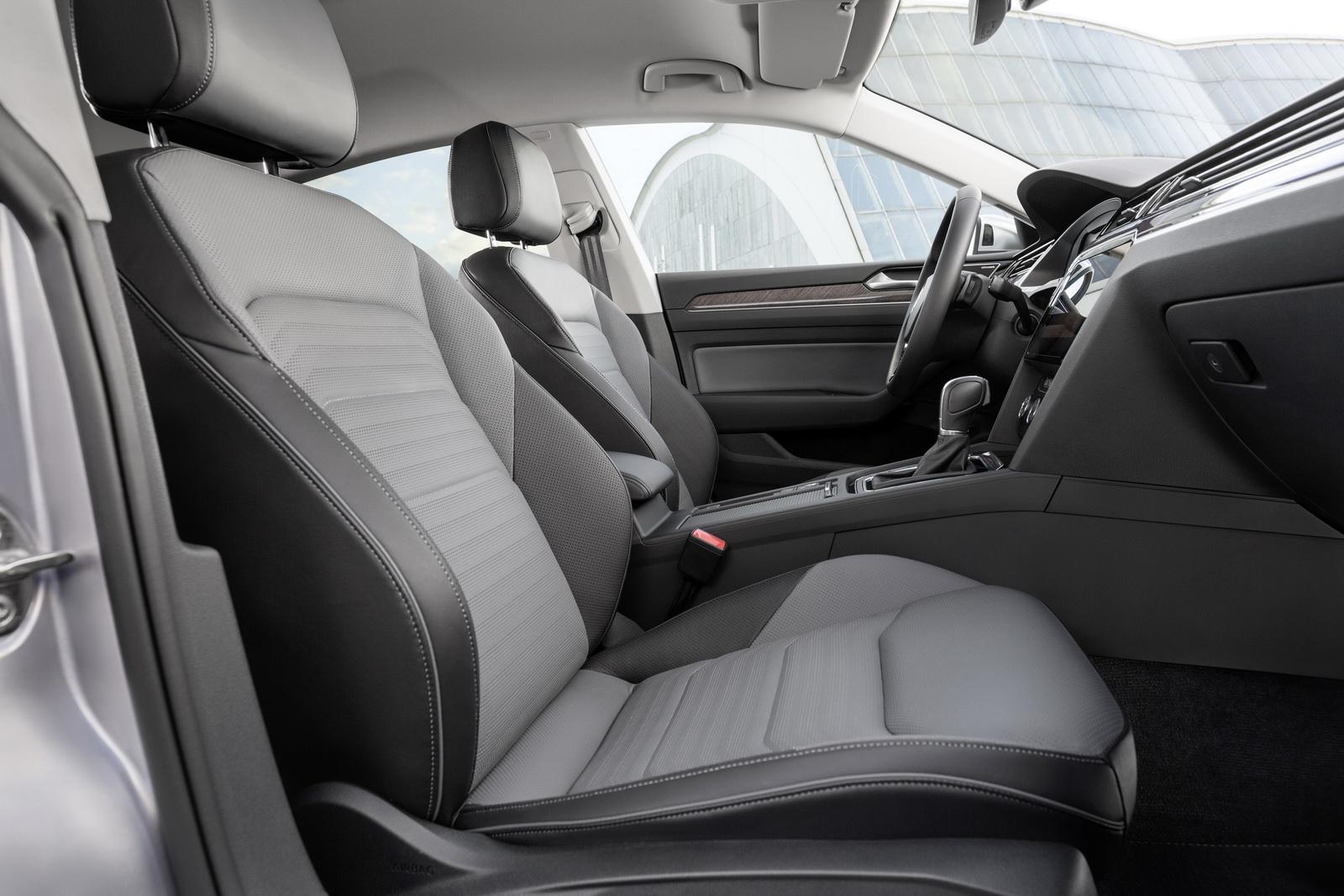 Volkswagen Arteon 2018 (80)