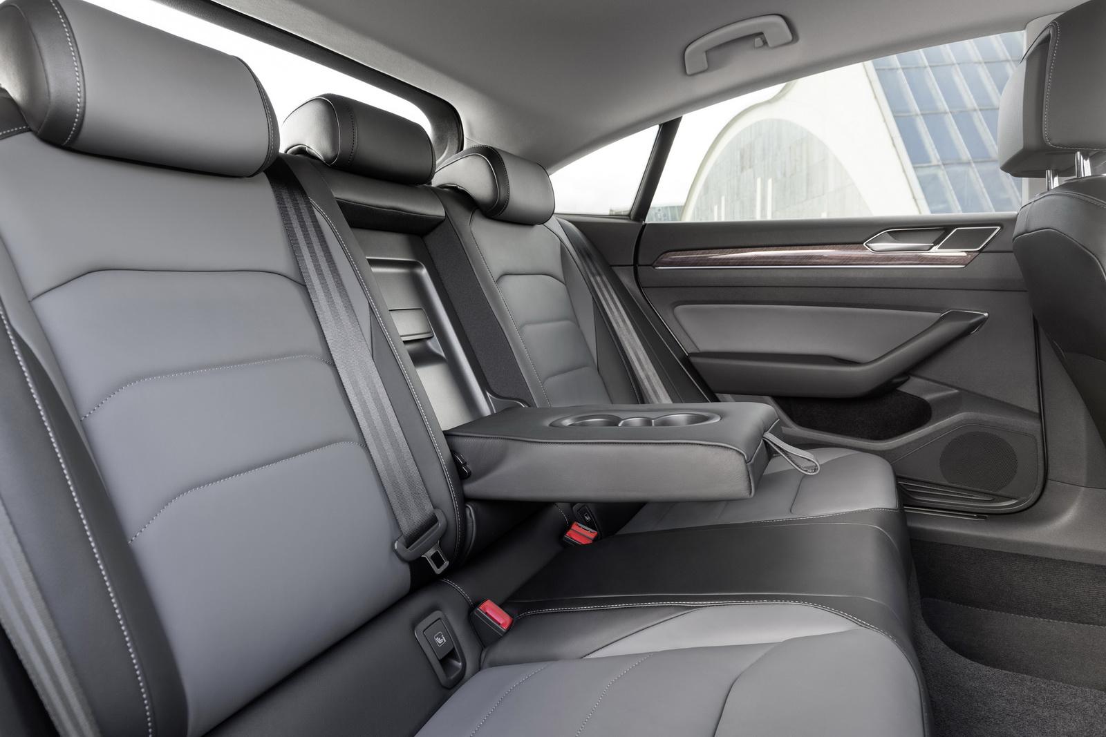 Volkswagen Arteon 2018 (81)