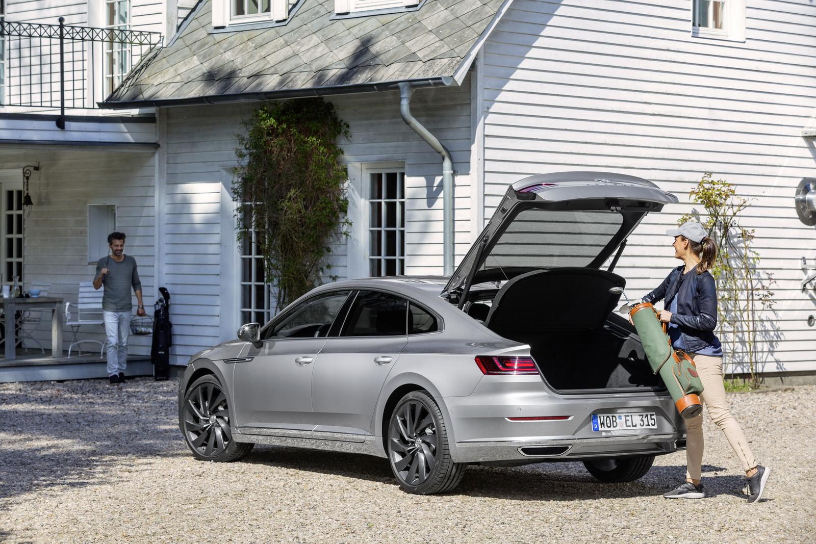 Volkswagen Arteon 2018 (85)
