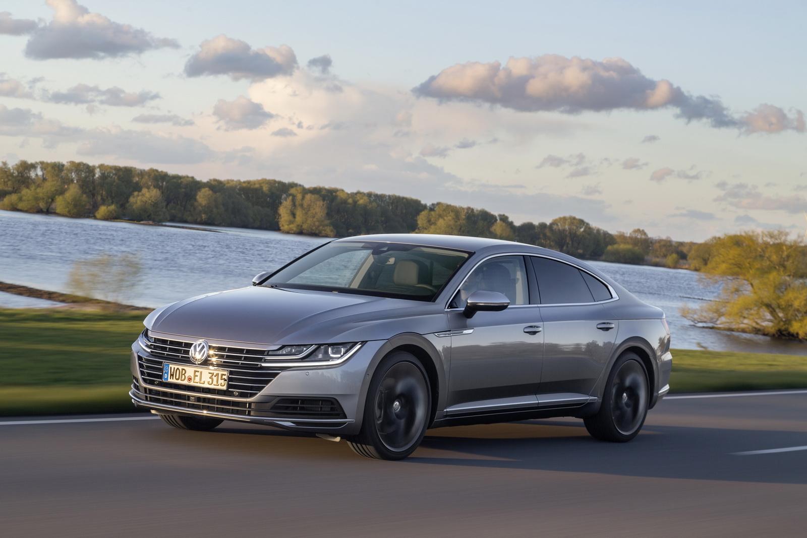 Volkswagen Arteon 2018 (89)