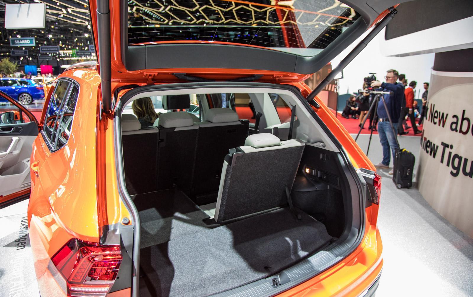 Volkswagen-Tiguan-Allspace-009
