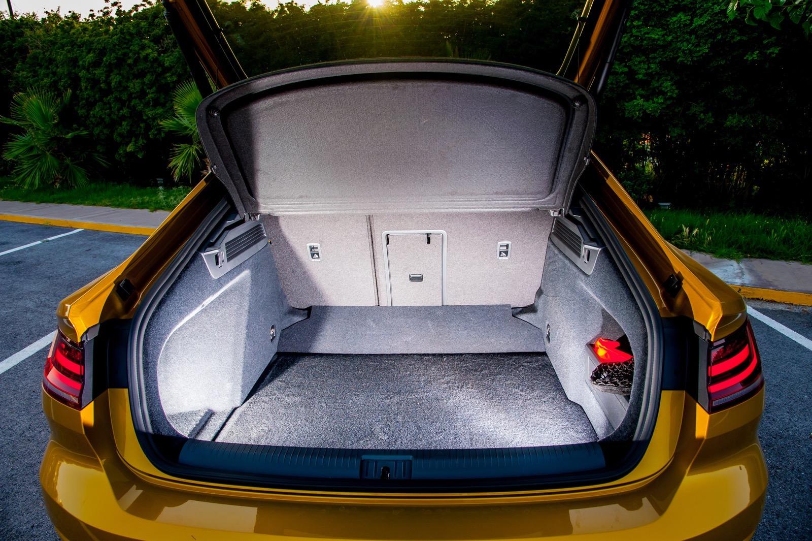 Volkswagen_Arteon_Greek_Presentataion_42