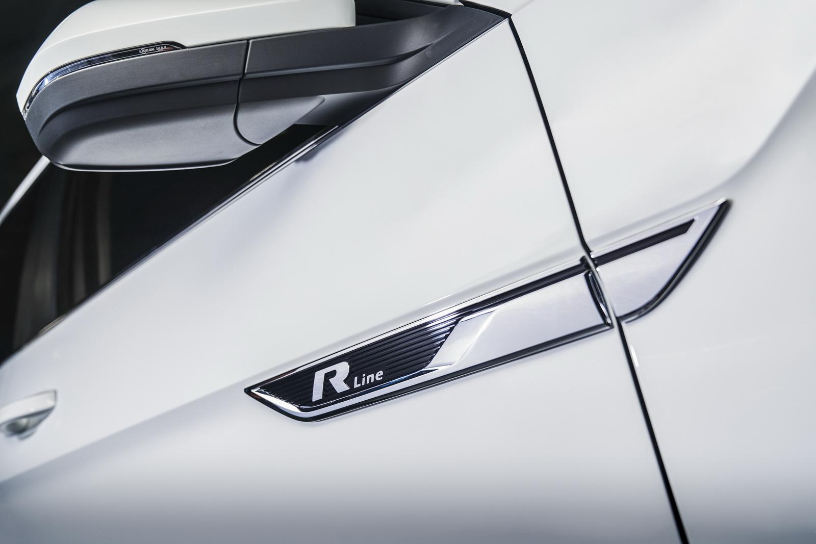 Volkswagen Atlas R-Line (9)