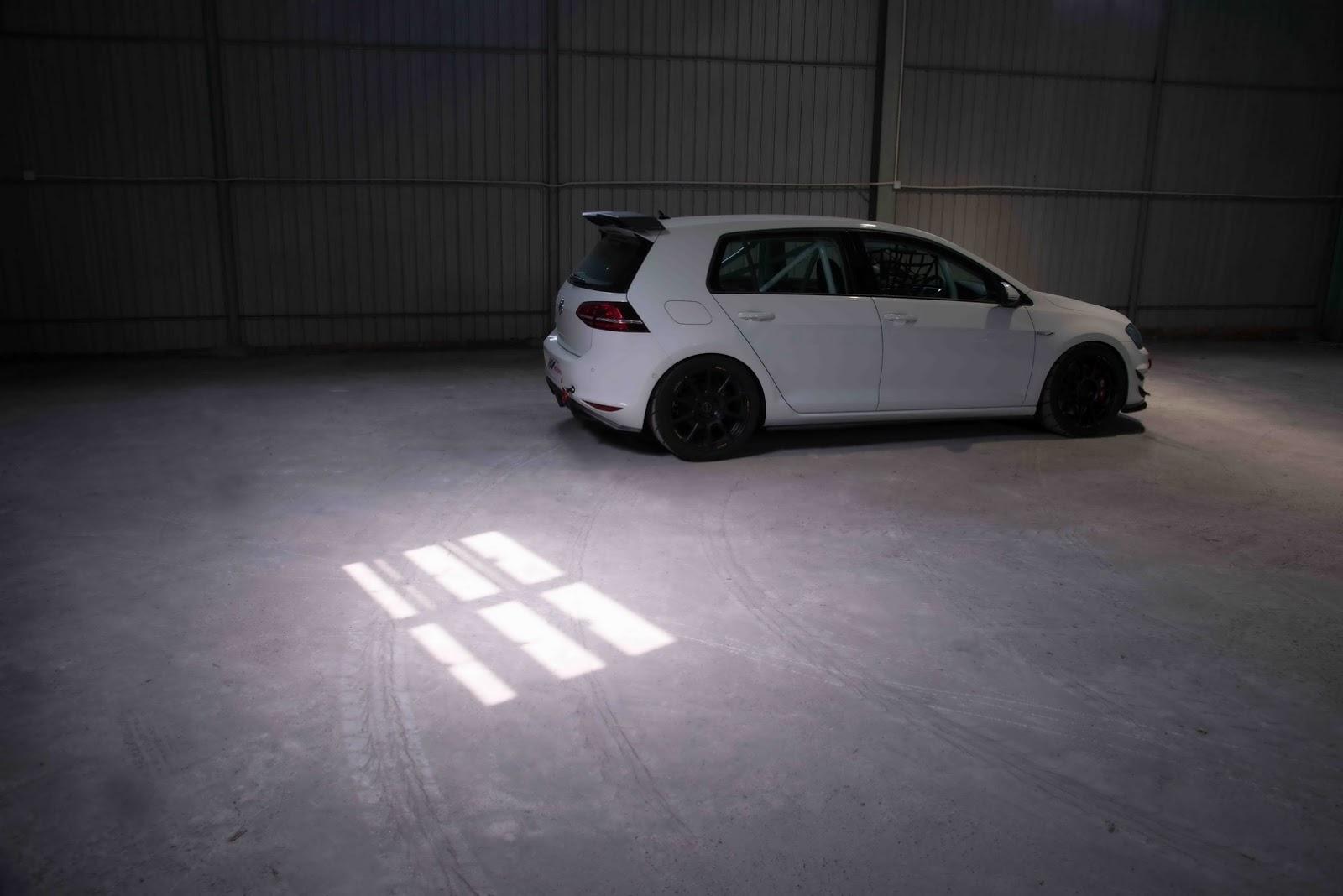 Volkswagen_e-Golf_Razor_7E_by_RevoZport_04