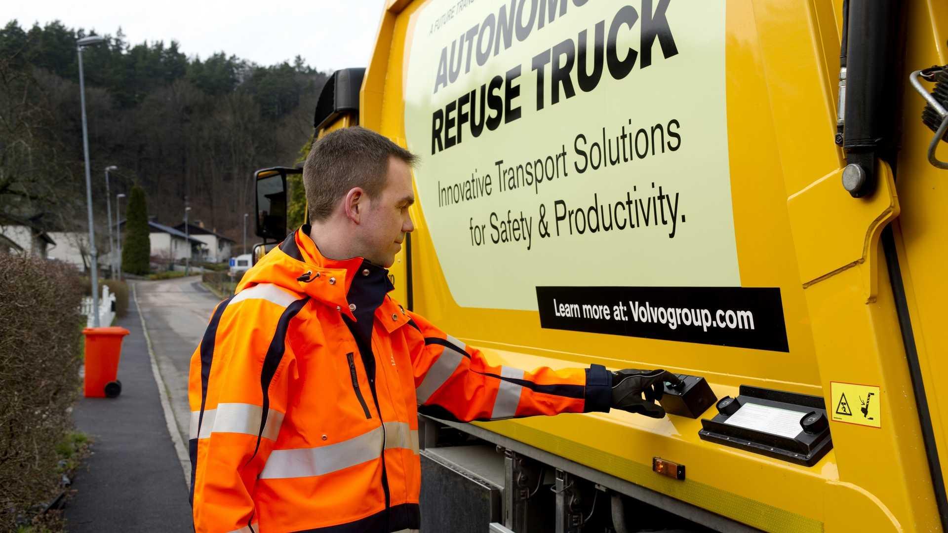 Volvo autonomous garbage truck (2)