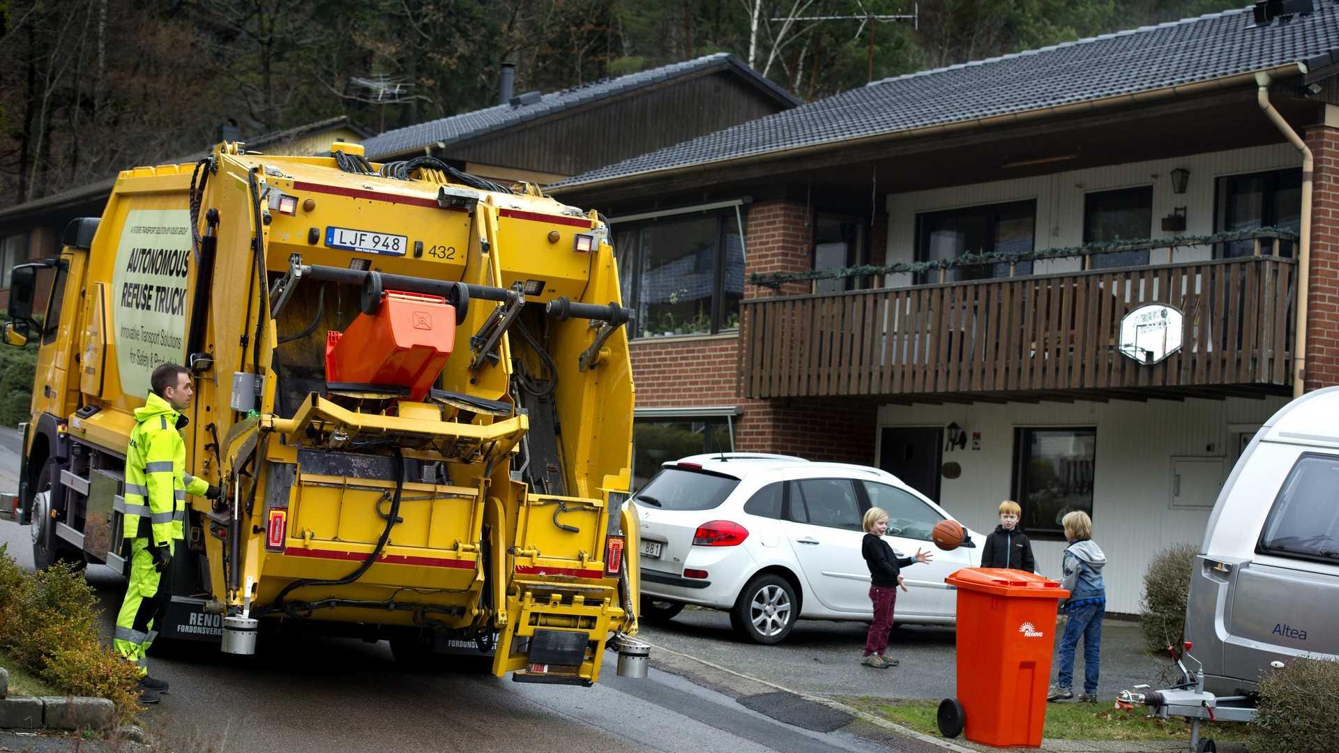 Volvo autonomous garbage truck (5)
