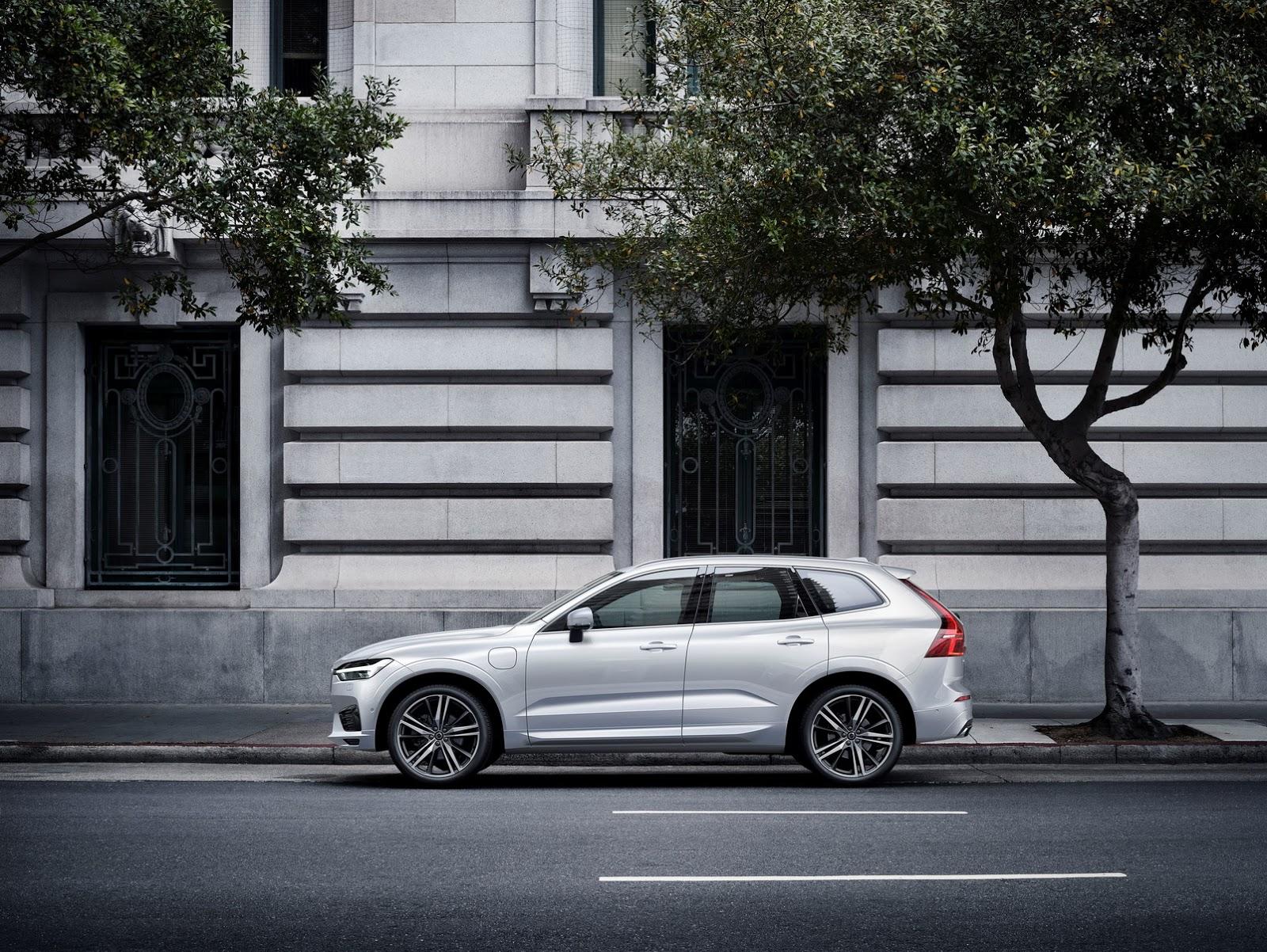 Volvo XC60 2018 (17)