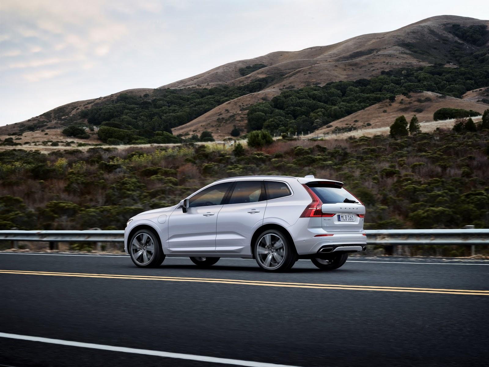 Volvo XC60 2018 (19)