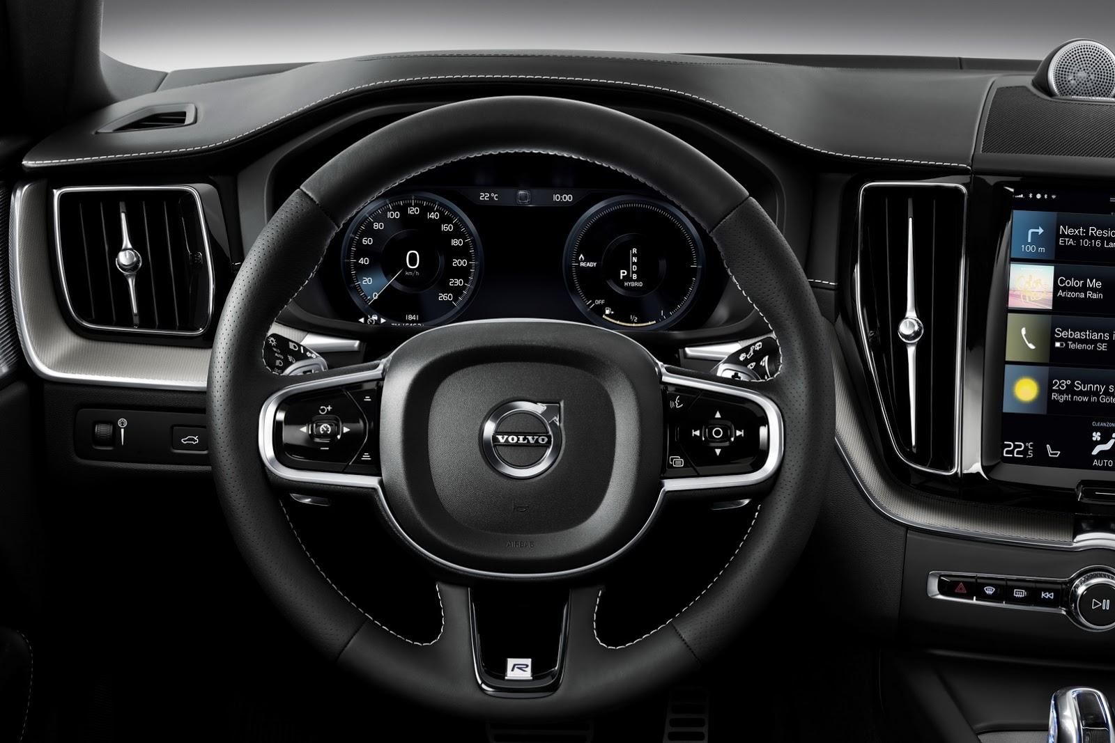 Volvo XC60 2018 (65)