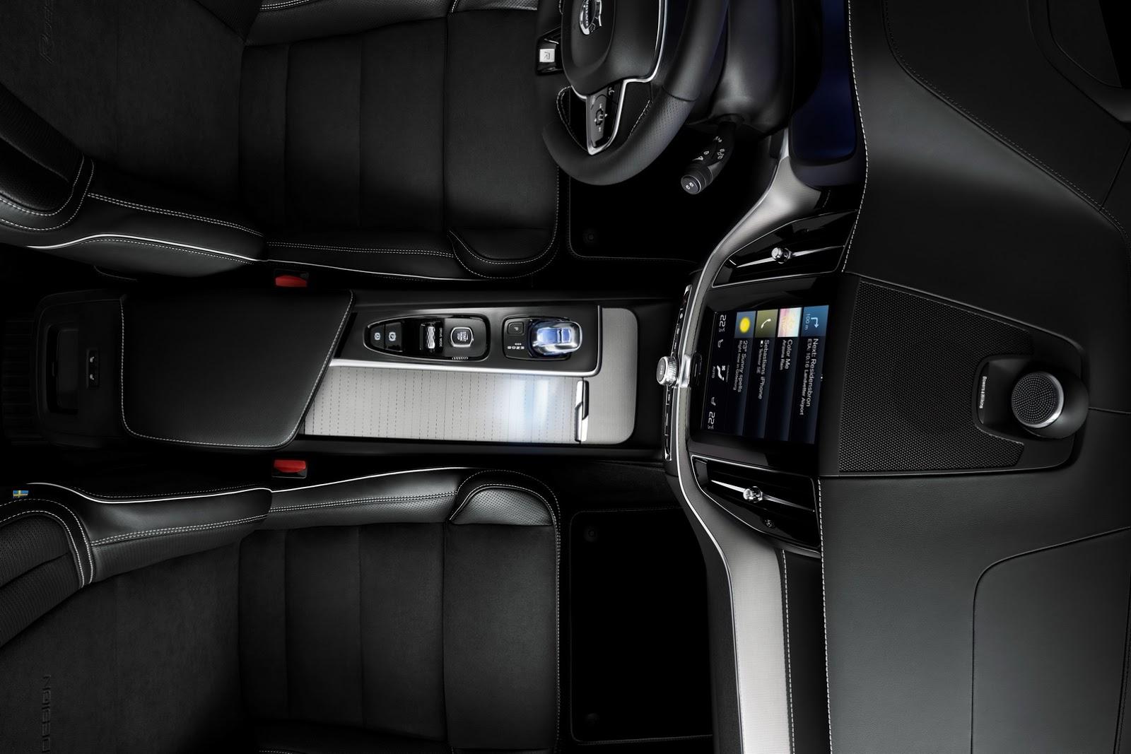 Volvo XC60 2018 (66)