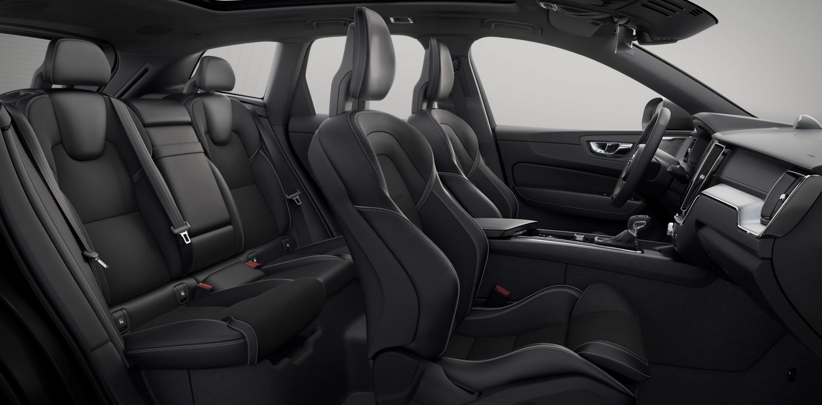 Volvo XC60 2018 (69)