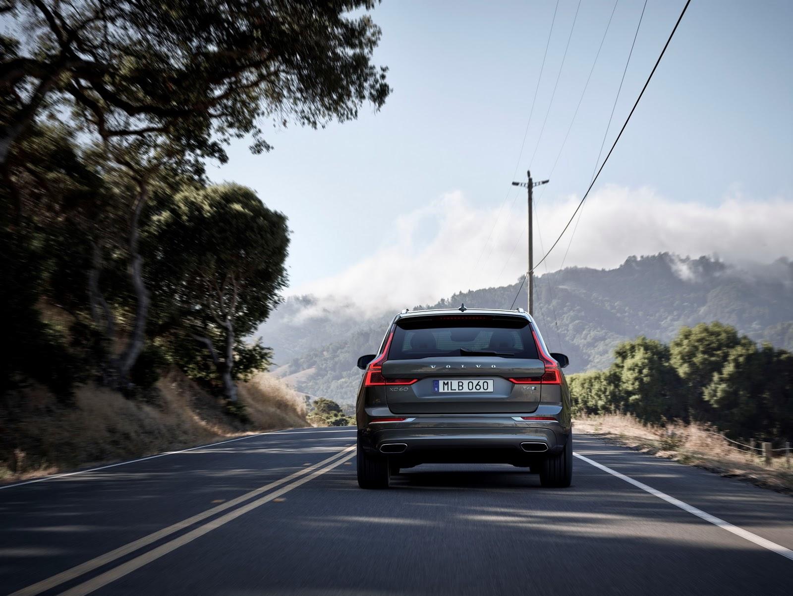 Volvo XC60 2018 (8)