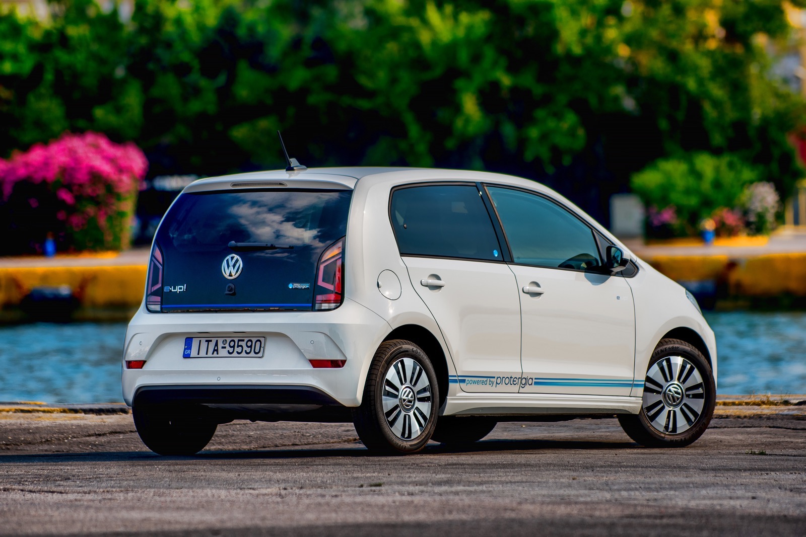 VW_e-up_by_Protergia_01