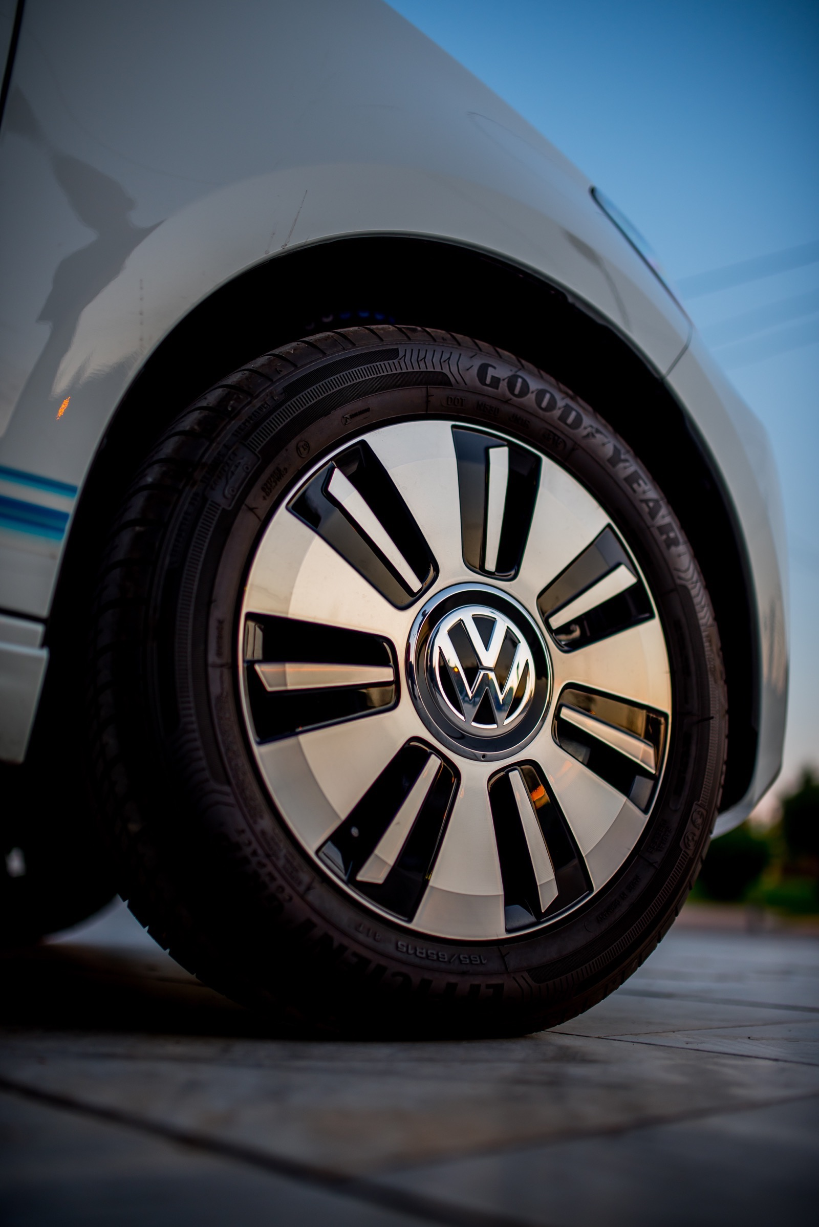 VW_e-up_by_Protergia_14
