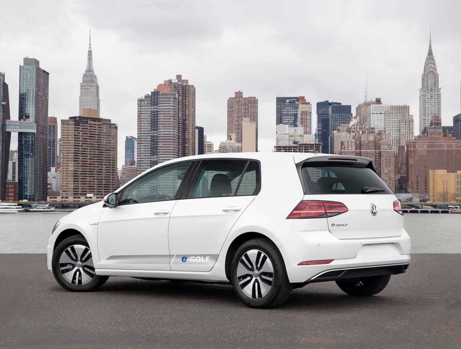 2018-VW-Golf-13