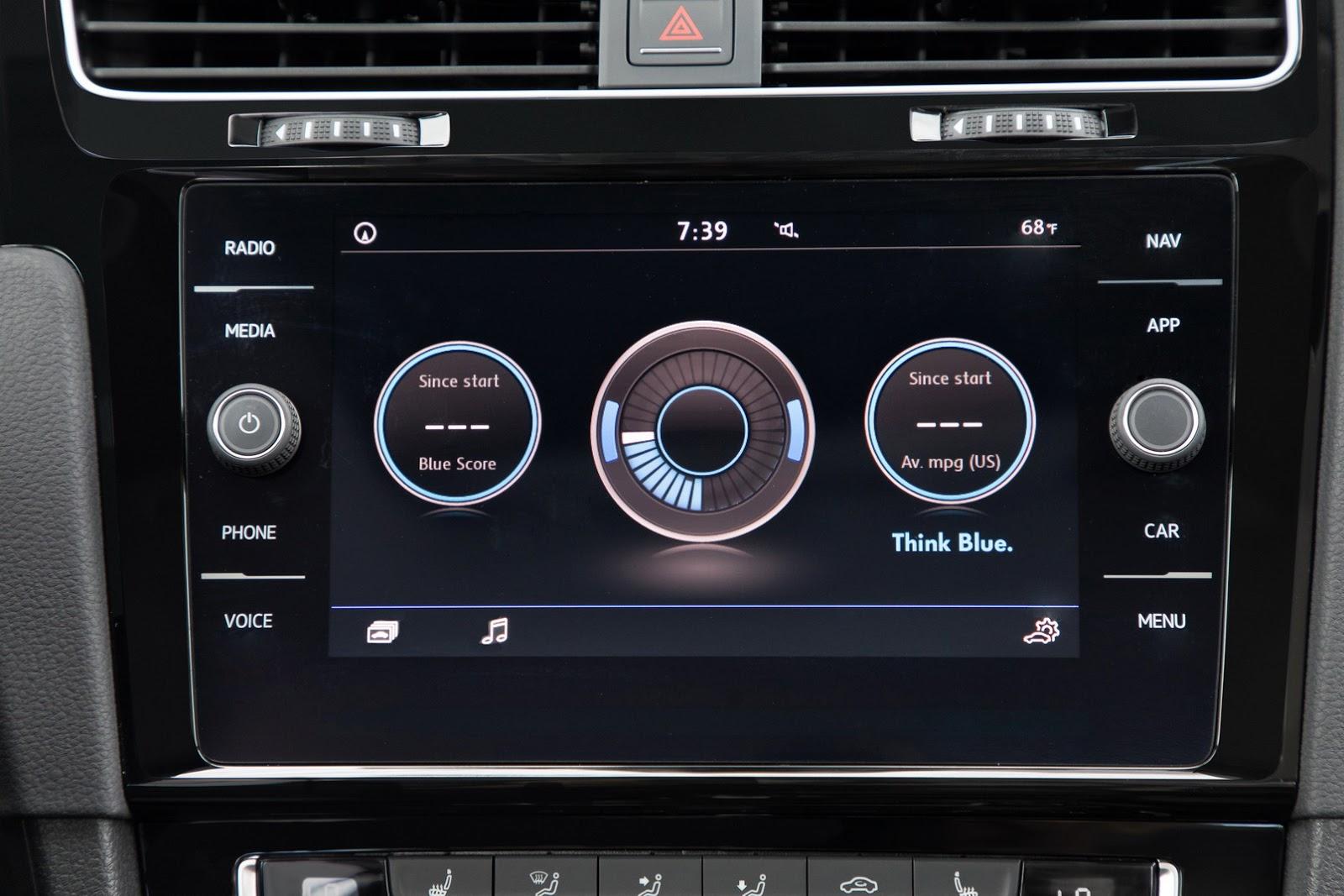 2018-VW-Golf-17
