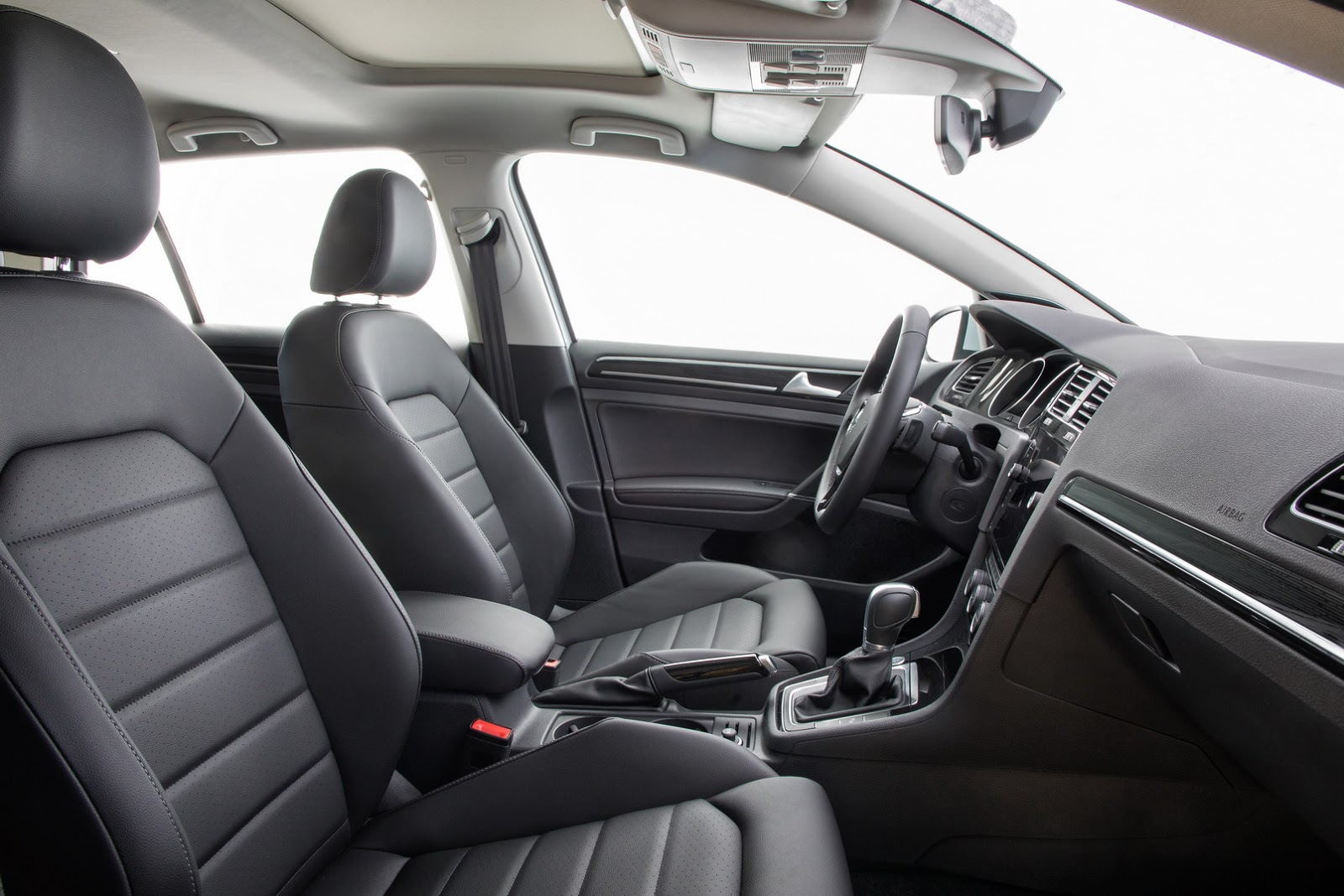 2018-VW-Golf-19