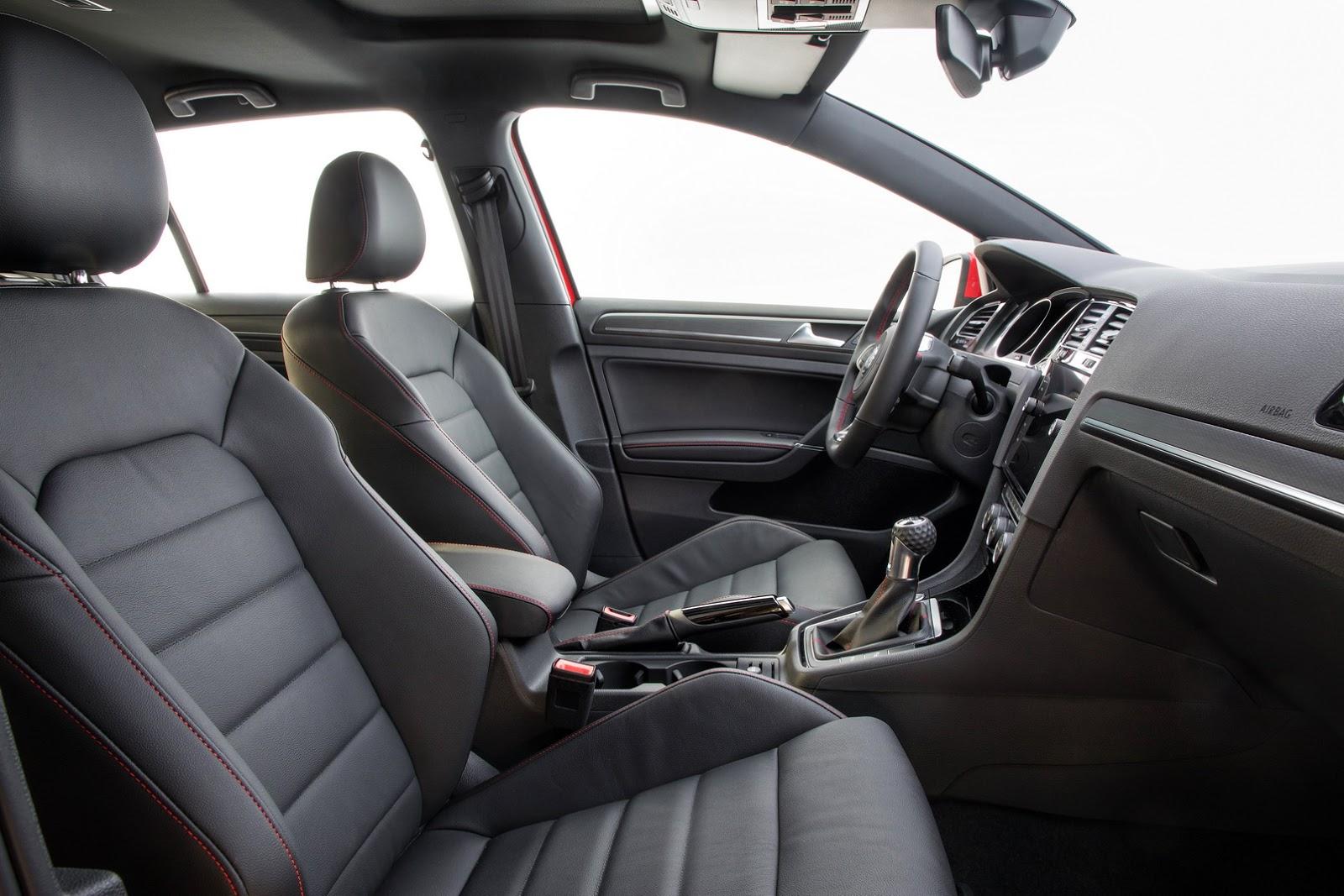 2018-VW-Golf-40