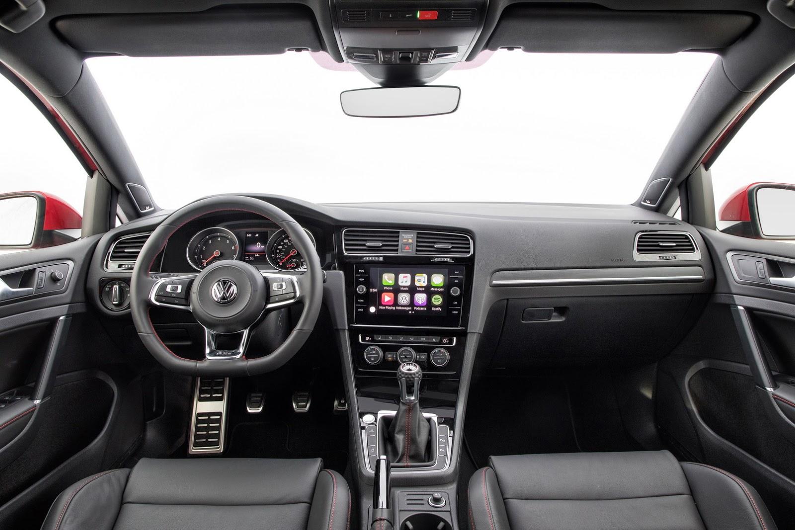 2018-VW-Golf-41