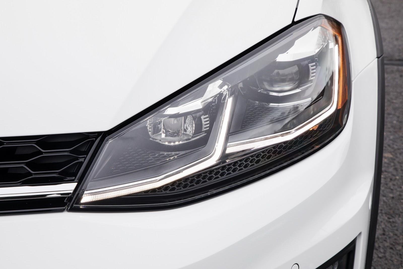 2018-VW-Golf-6