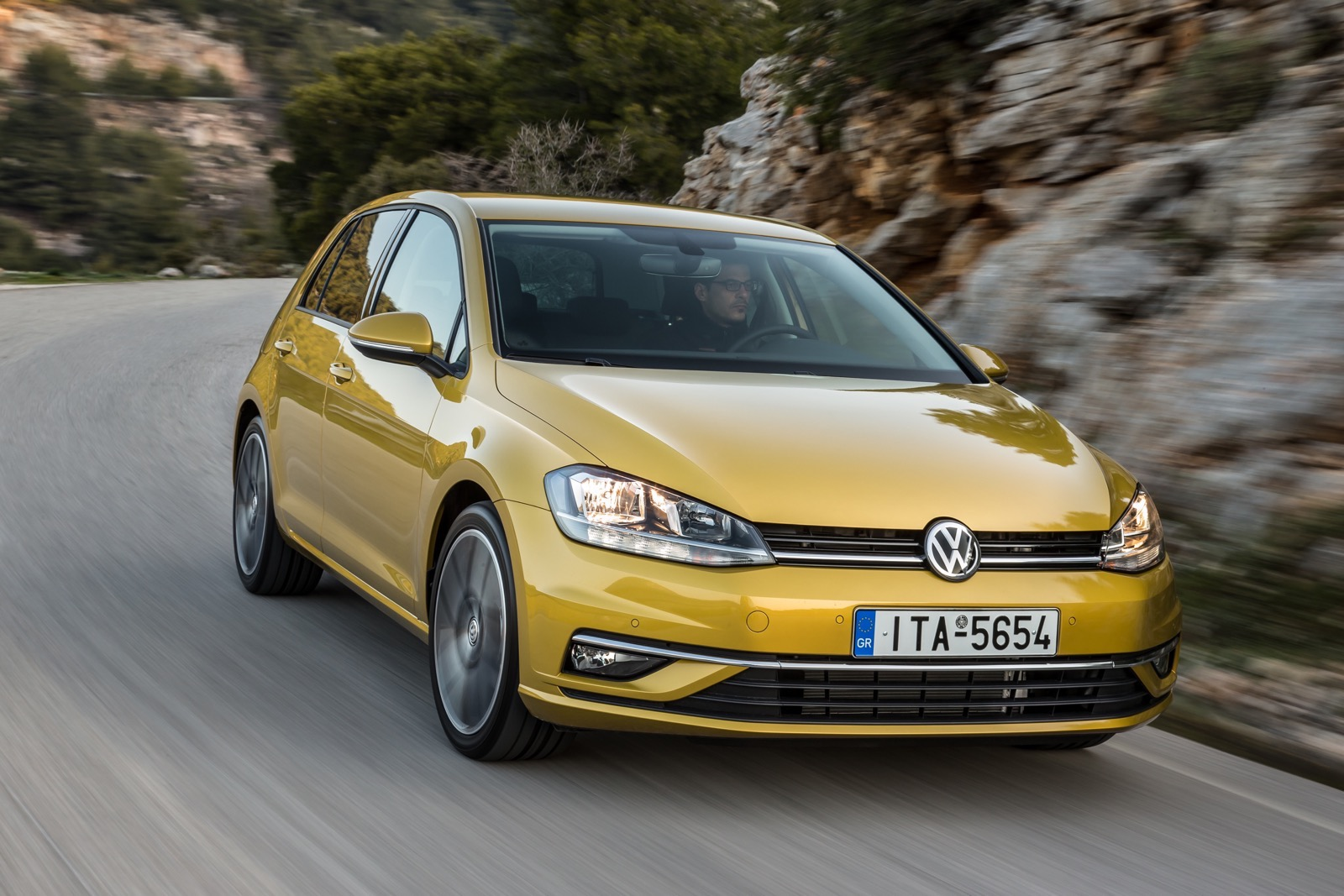 First_Drive_VW_Golf_facelift_42