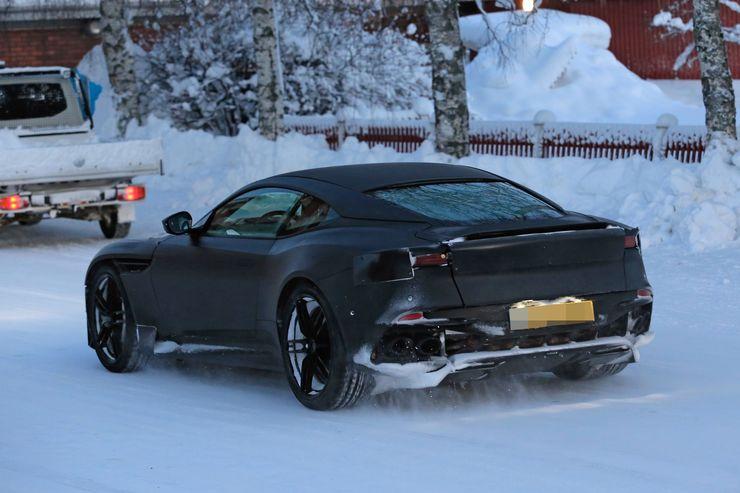 Winter_tests_Aston_Martin_Vanquish_0004
