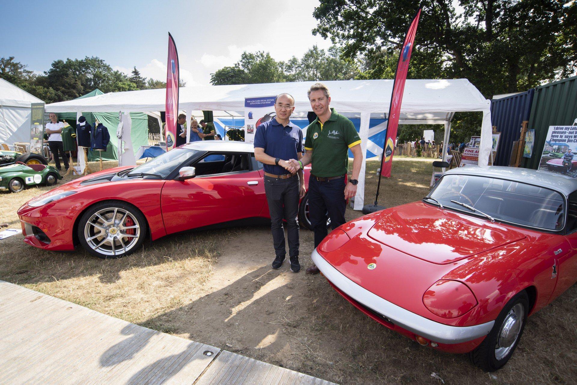 100.000 Lotus Evora GT410 Sport Jim Clark (1)