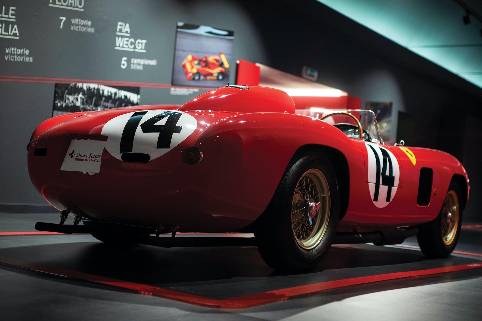 1956-Ferrari-290-MM-by-Scaglietti_2