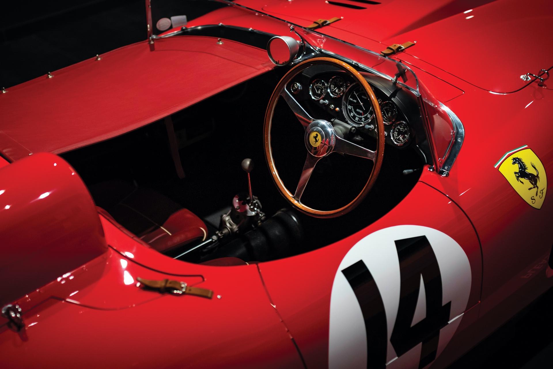 1956-Ferrari-290-MM-by-Scaglietti_3
