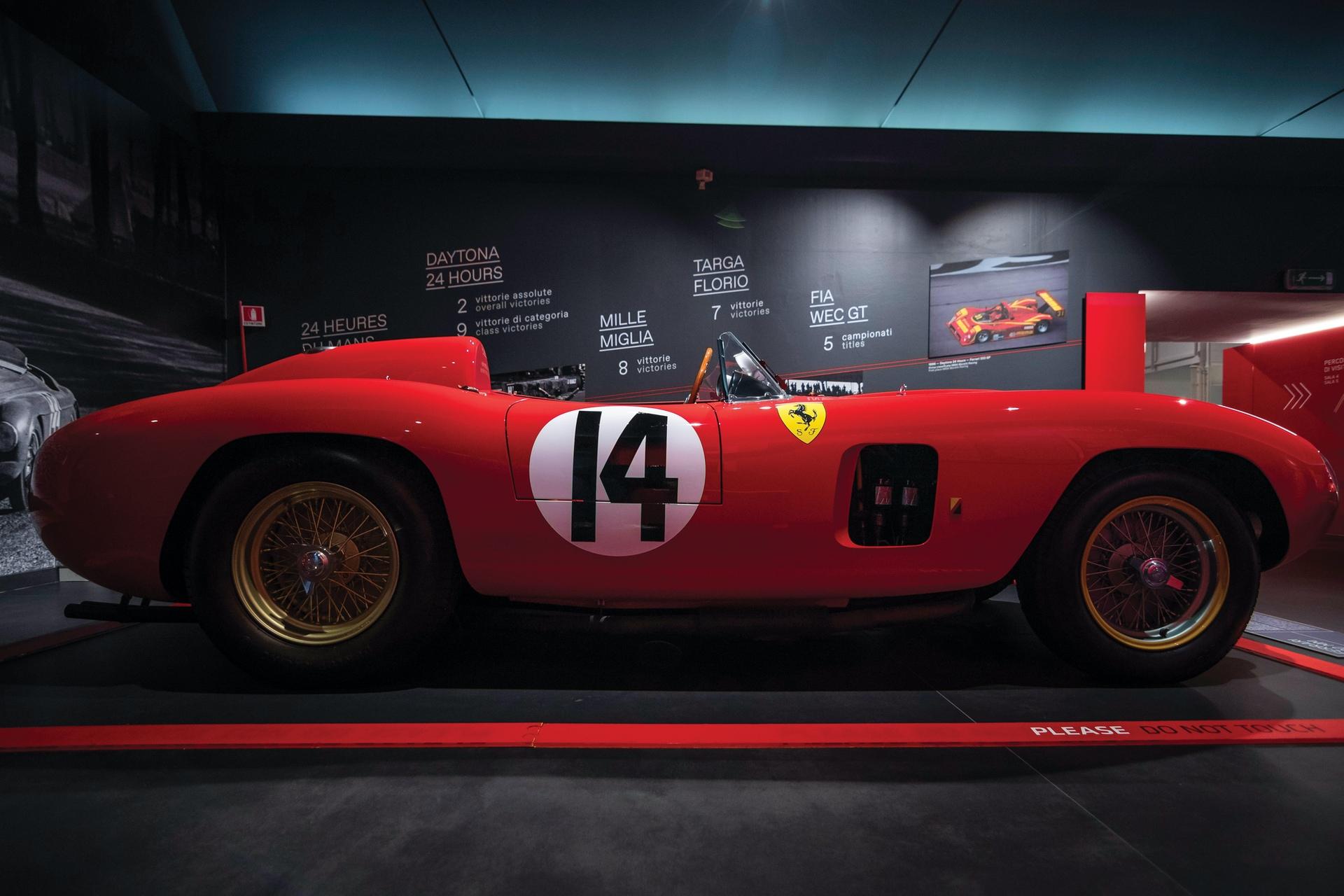 1956-Ferrari-290-MM-by-Scaglietti_4