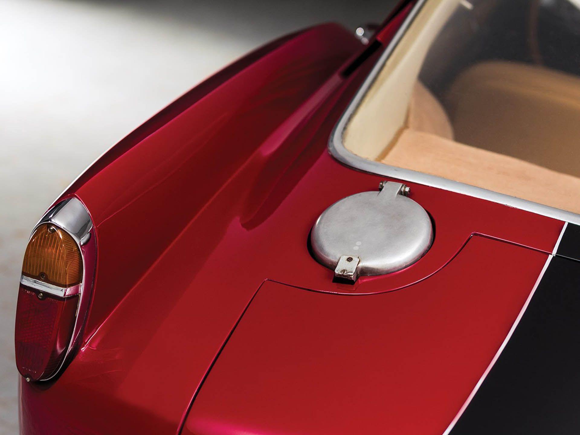 1957_Ferrari_250_GT_Berlinetta_Competizione_Tour_de_France_by_Scaglietti_0002