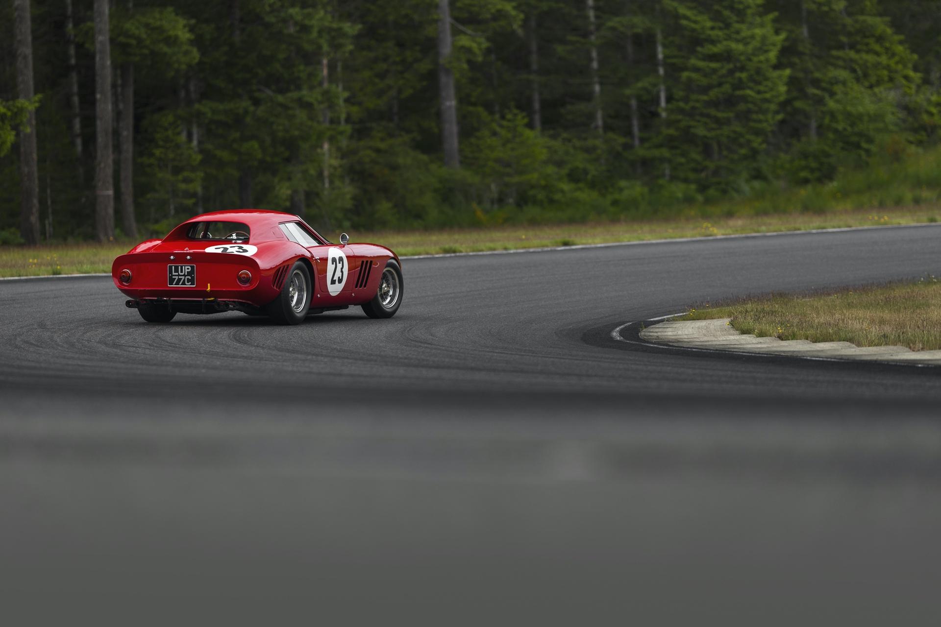 1962_Ferrari_250_GTO_by_Scaglietti_0001