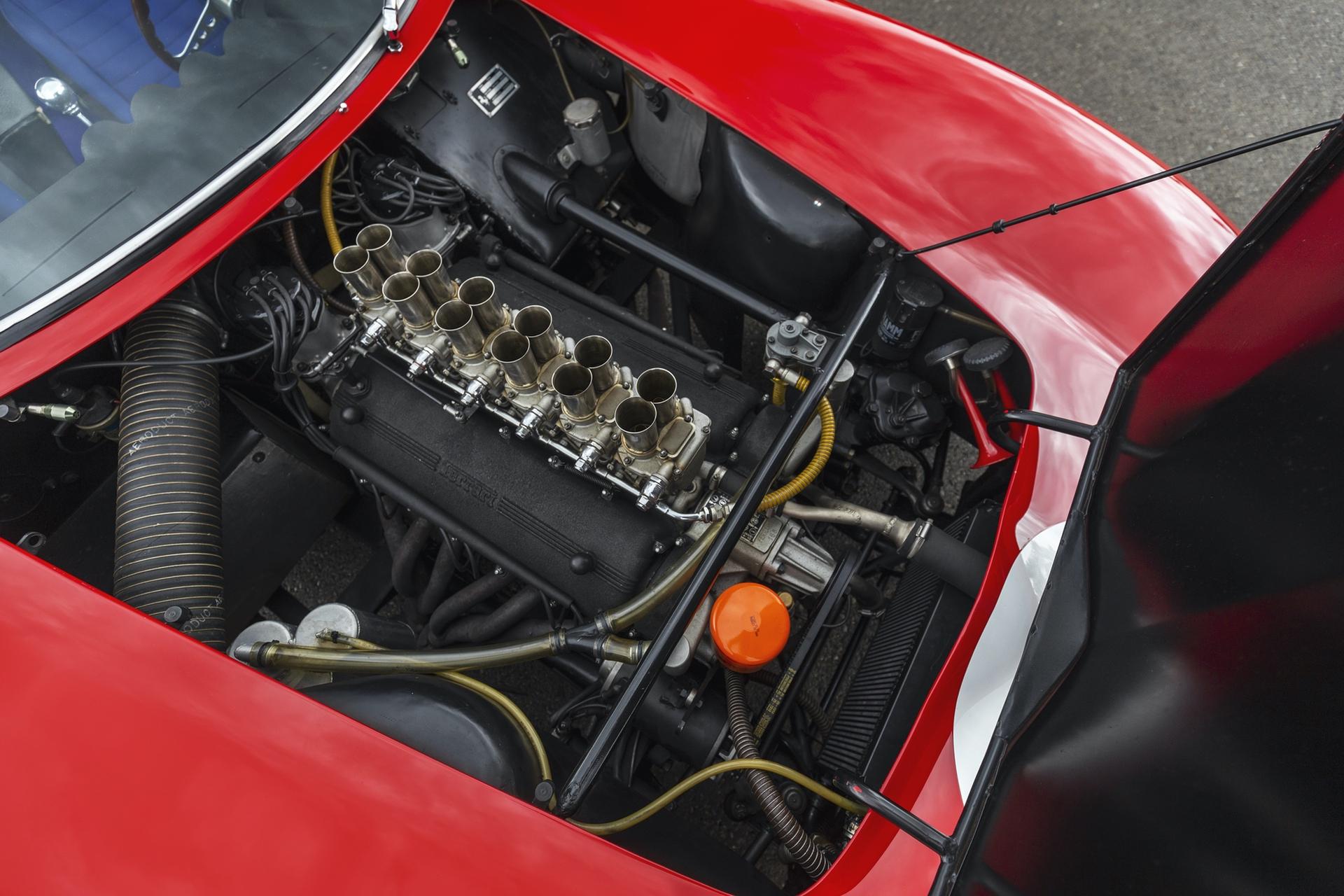 1962_Ferrari_250_GTO_by_Scaglietti_0002