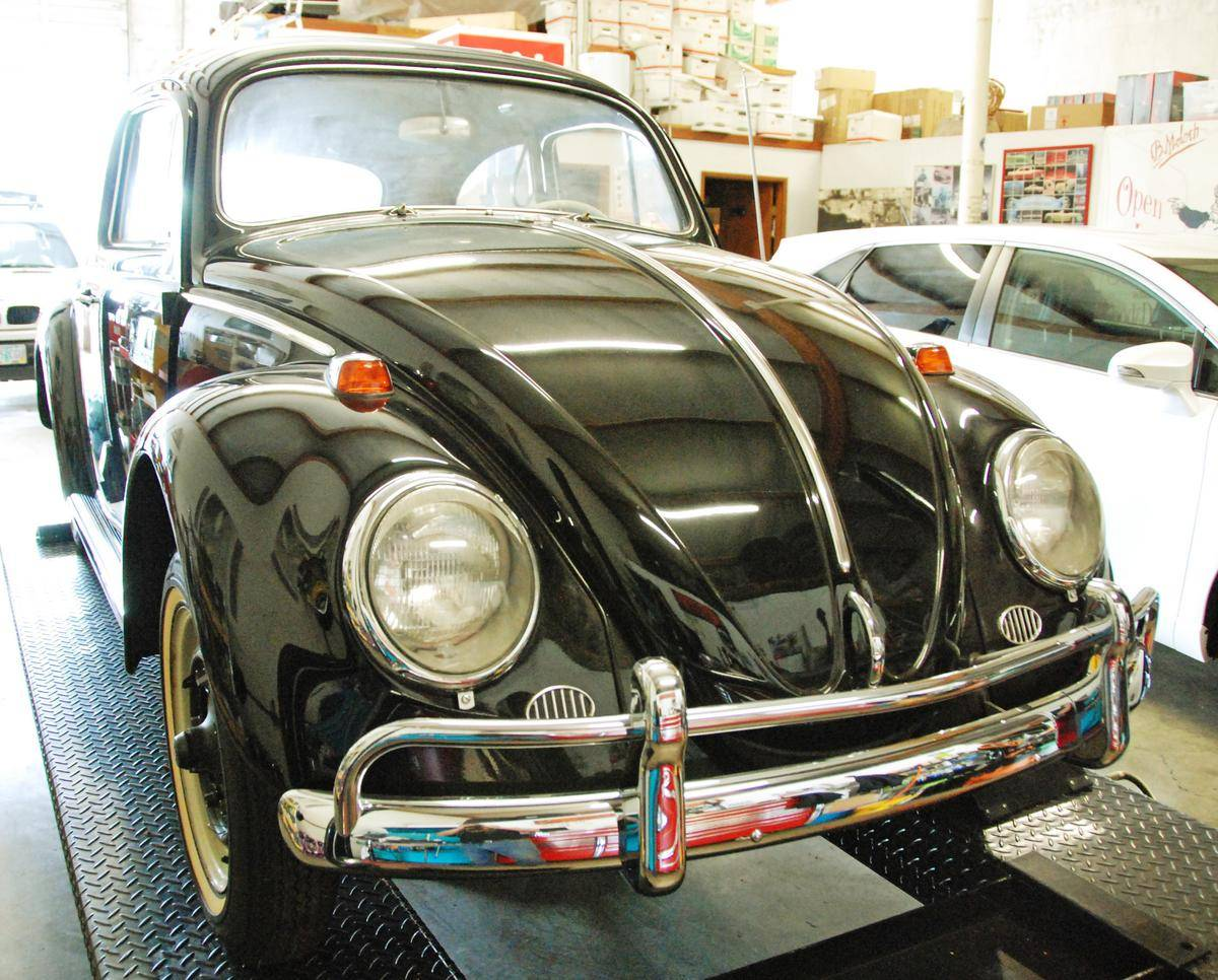 1964_Volkswagen_Beetle_for_Sale_0001
