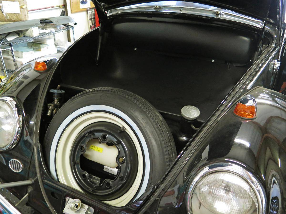 1964_Volkswagen_Beetle_for_Sale_0013