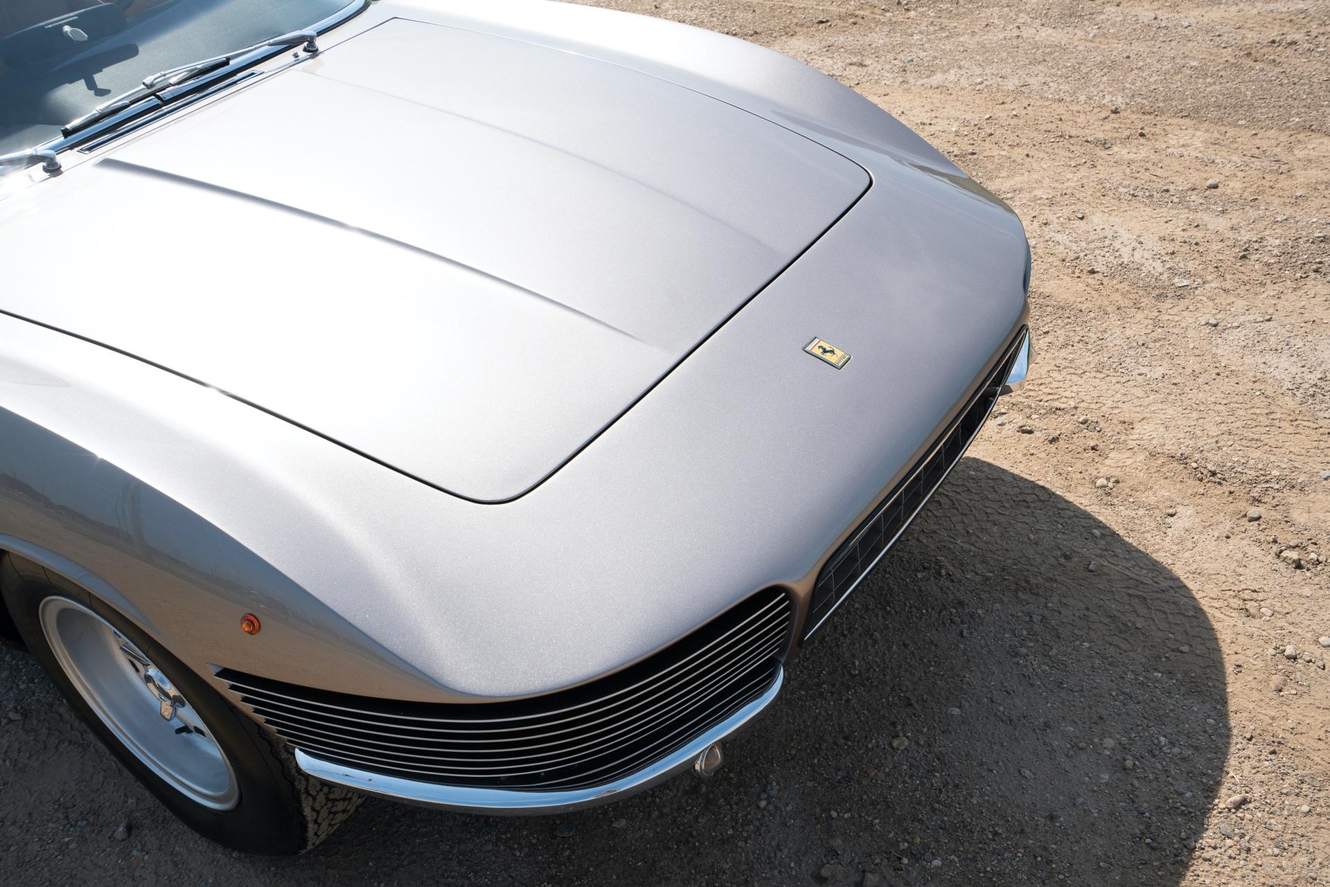 1965_Ferrari_330_GT_2+2_Shooting_Brake_by_Vignale_0018