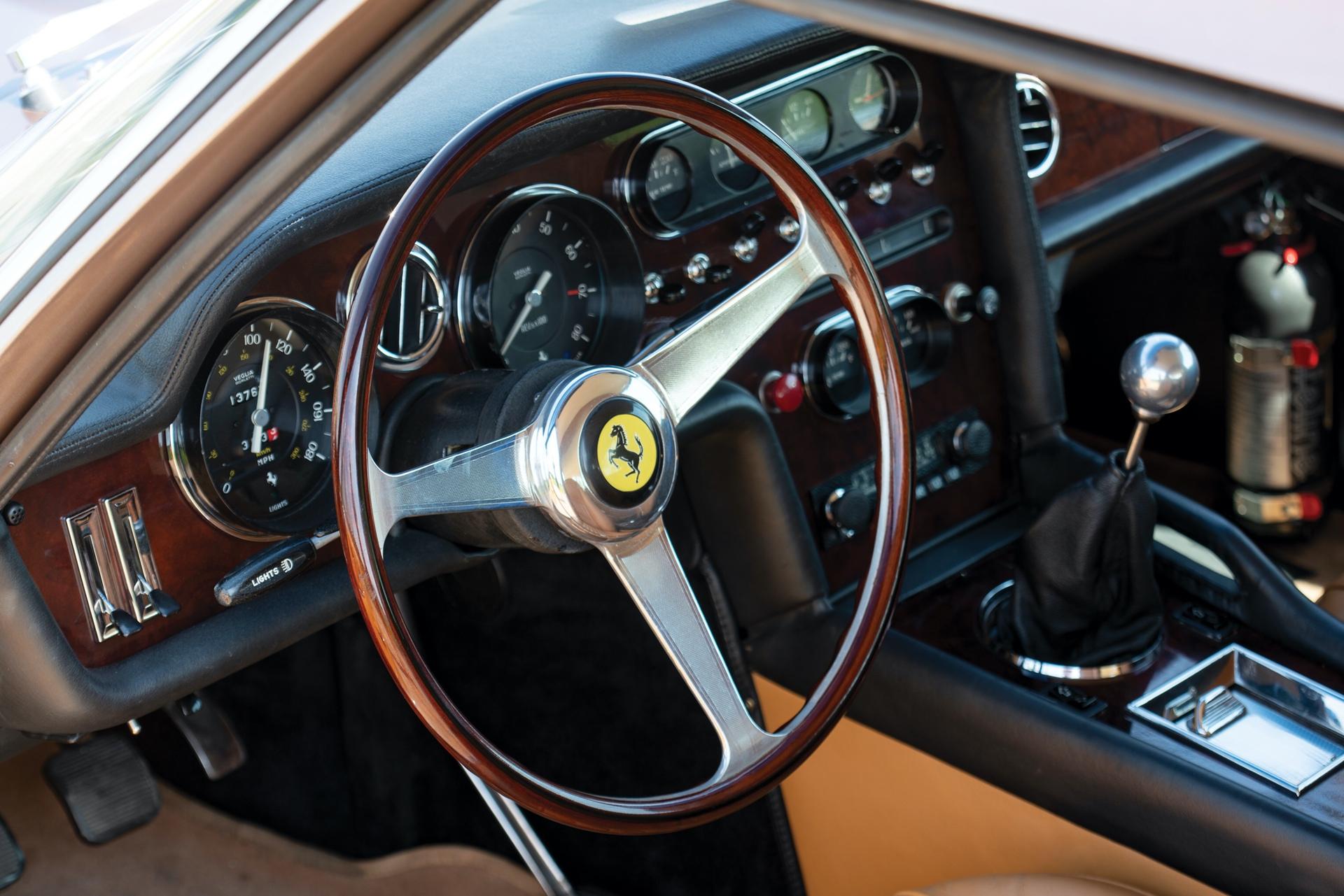 1965_Ferrari_330_GT_2+2_Shooting_Brake_by_Vignale_0022