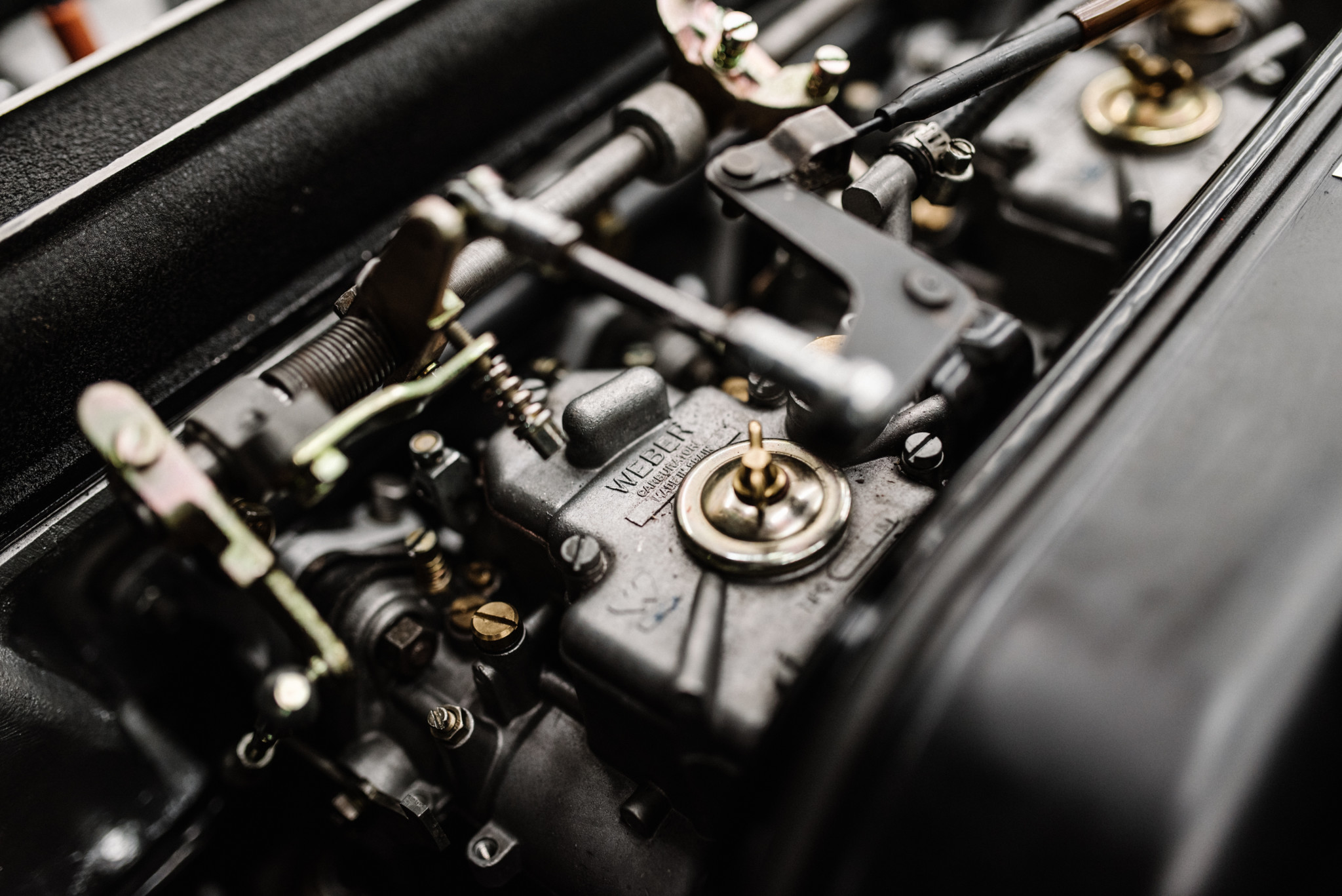 1967_Toyota_2000GT_0004