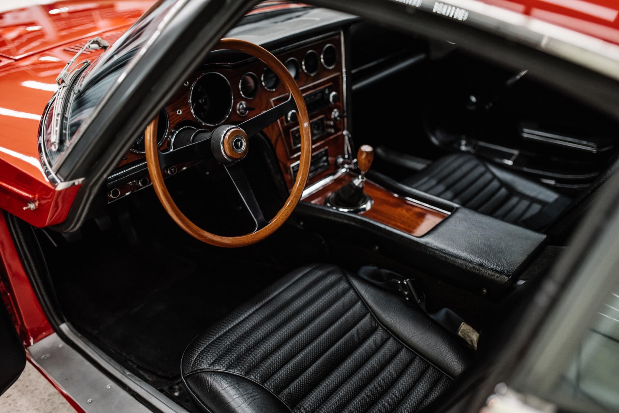 1967_Toyota_2000GT_0013