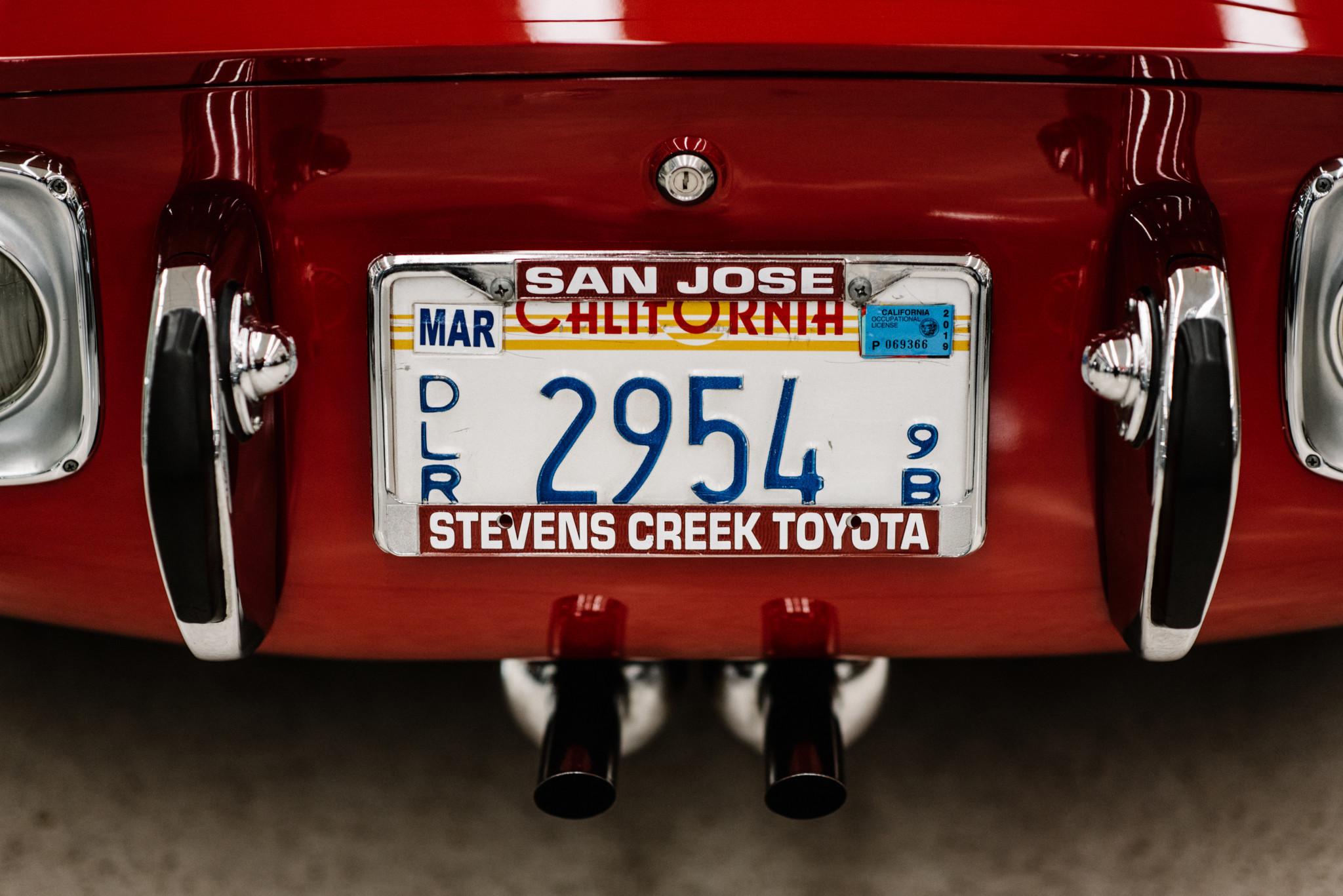 1967_Toyota_2000GT_0020