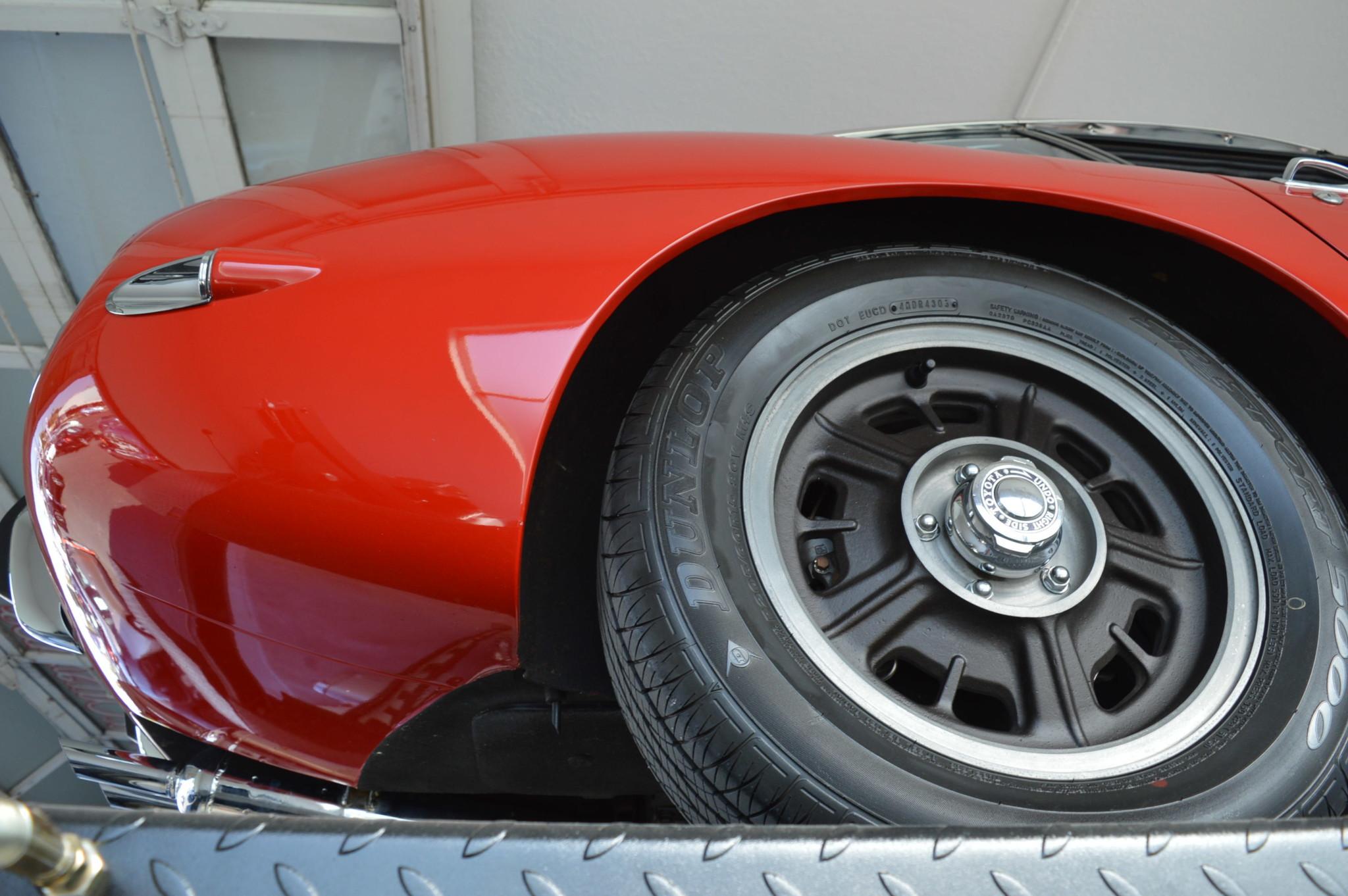 1967_Toyota_2000GT_0038