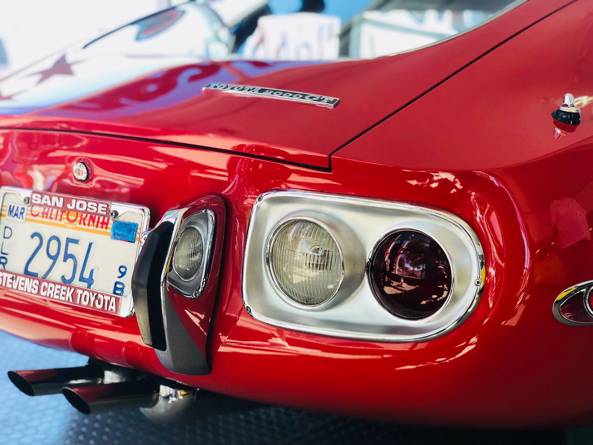 1967_Toyota_2000GT_0041