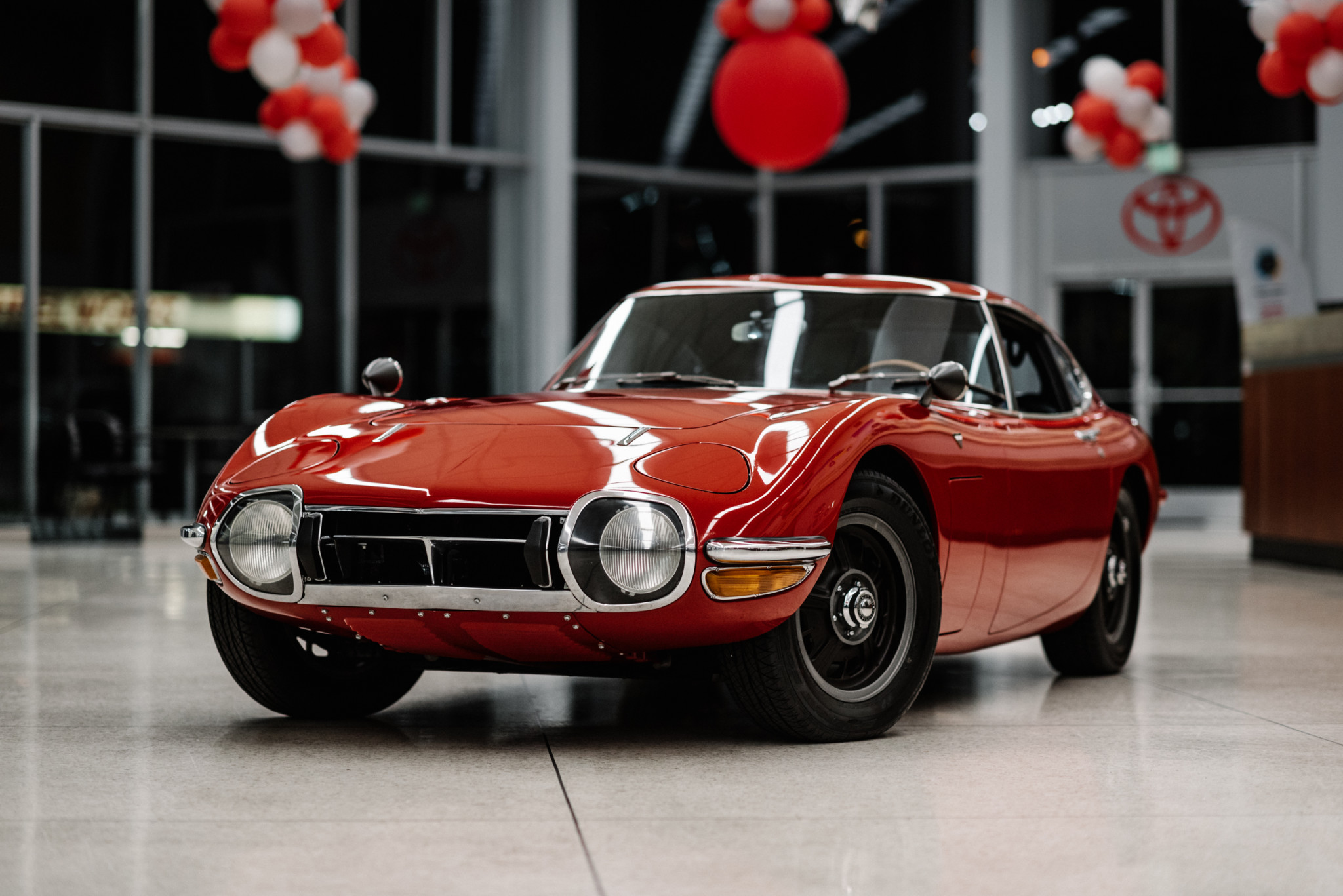 1967_Toyota_2000GT_0054