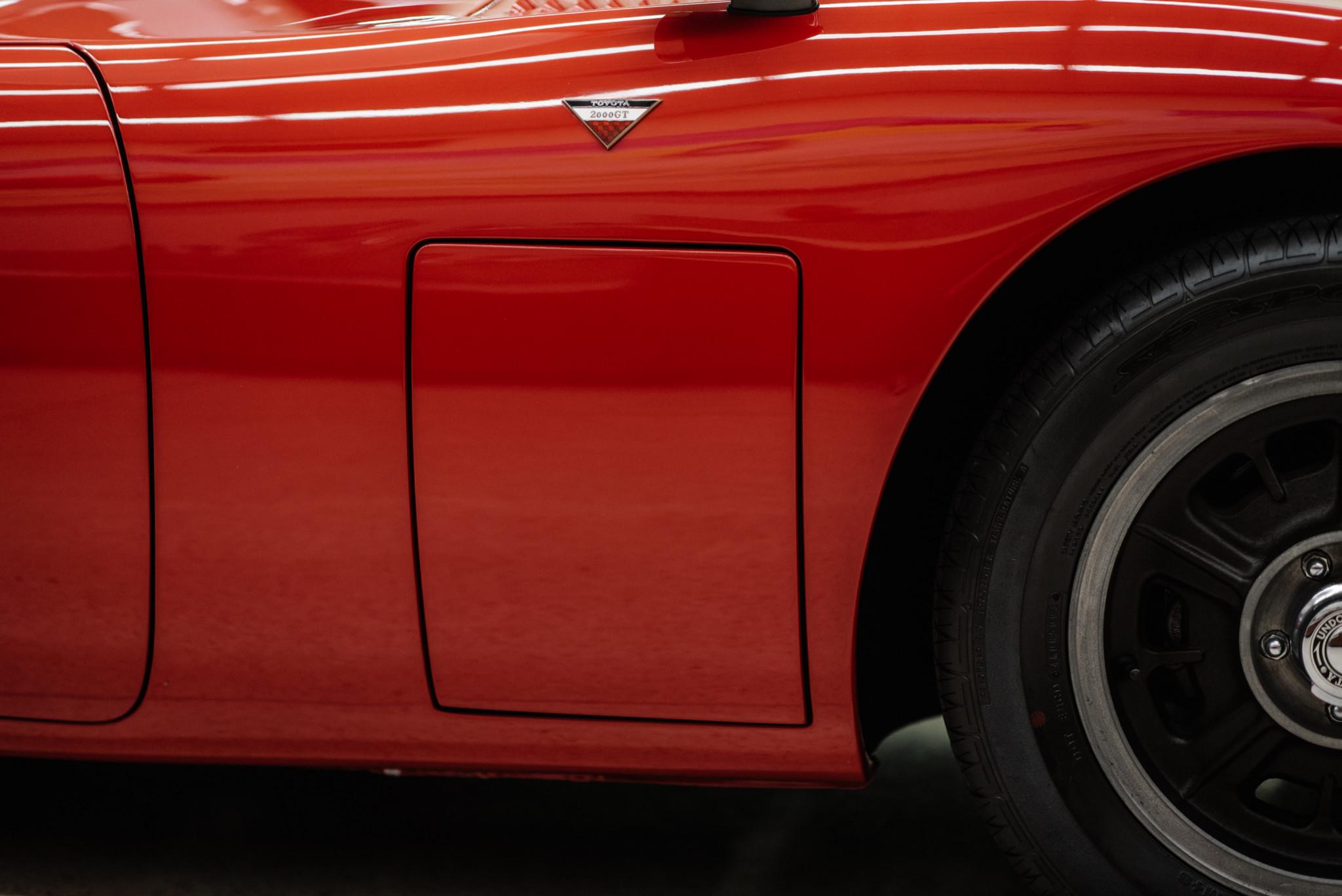 1967_Toyota_2000GT_0094