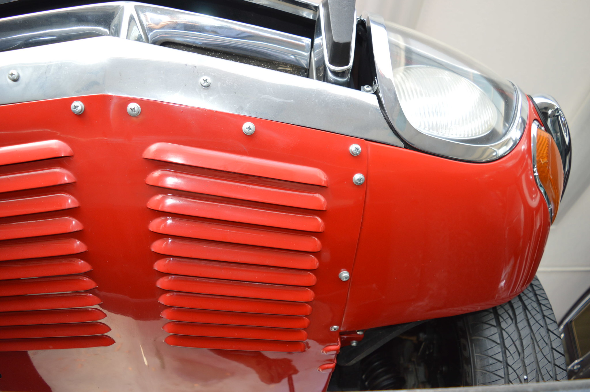 1967_Toyota_2000GT_0116