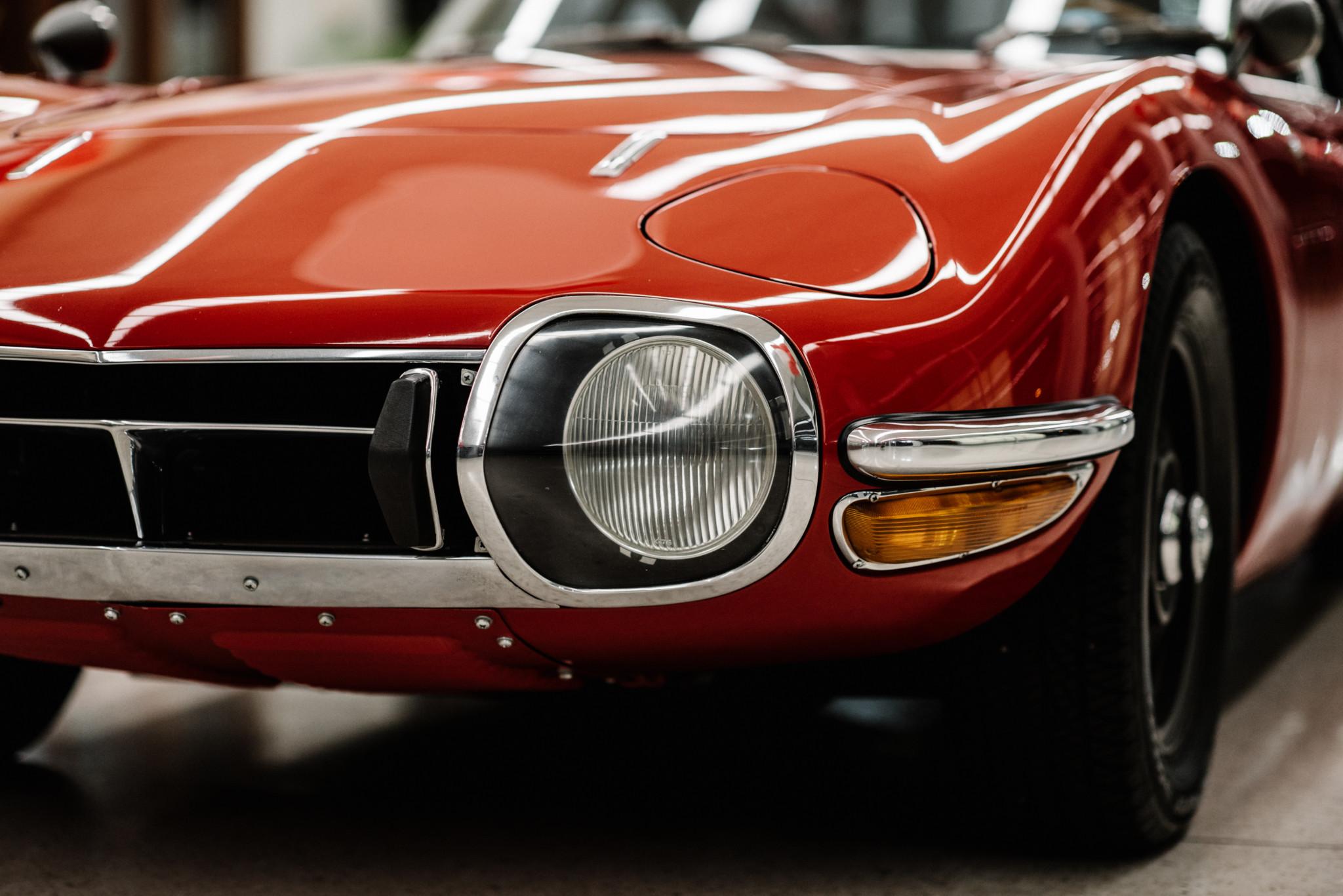 1967_Toyota_2000GT_0147
