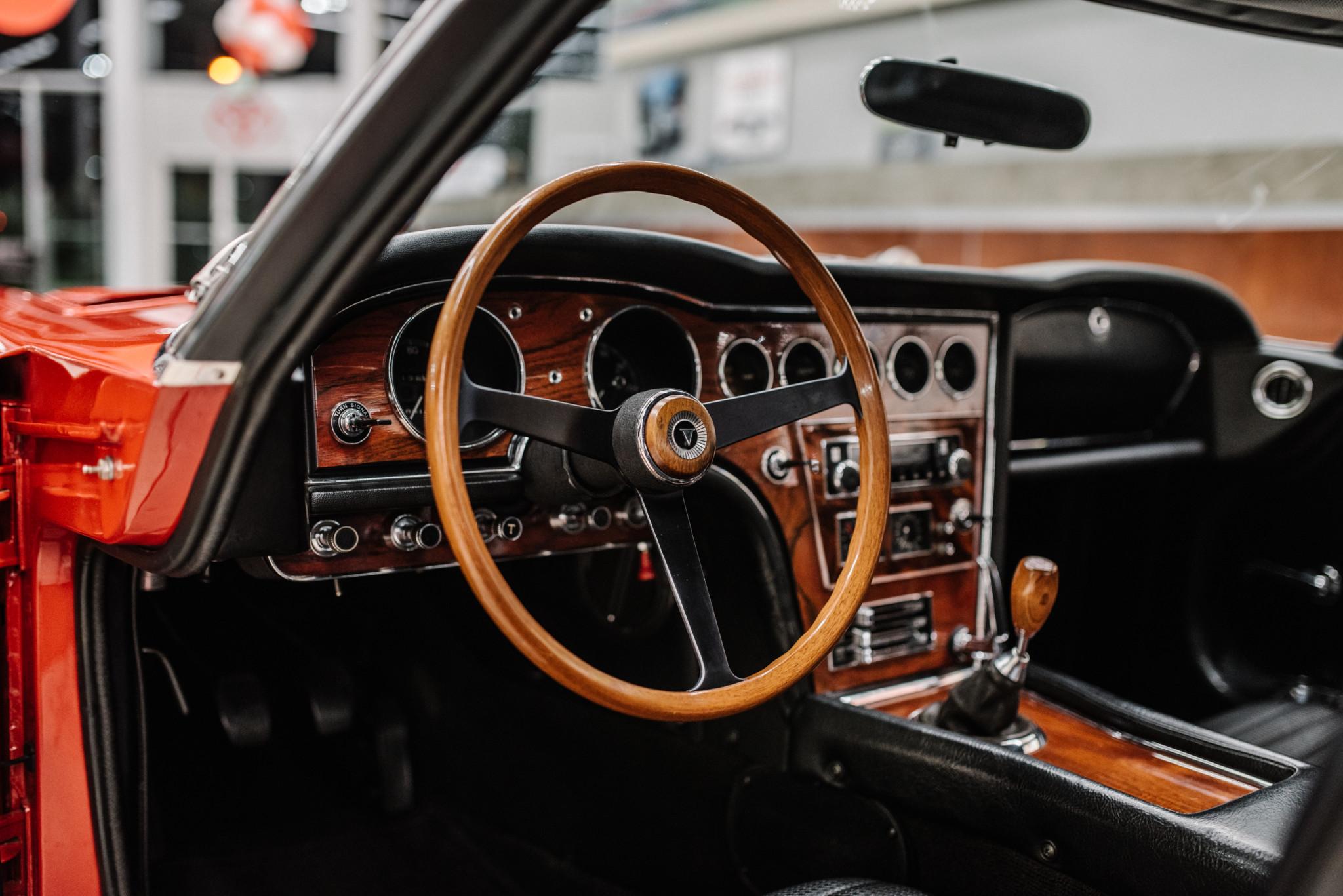 1967_Toyota_2000GT_0153
