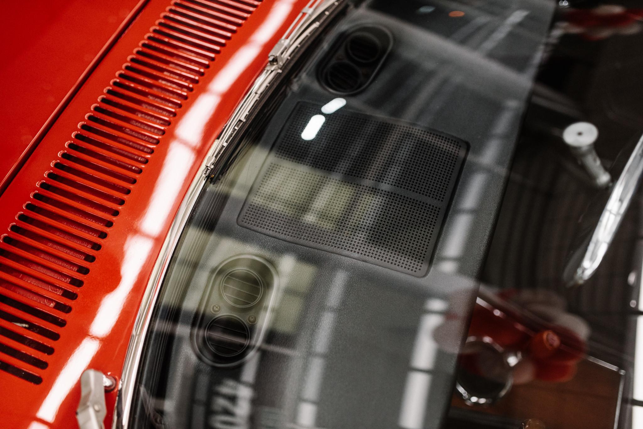1967_Toyota_2000GT_0154